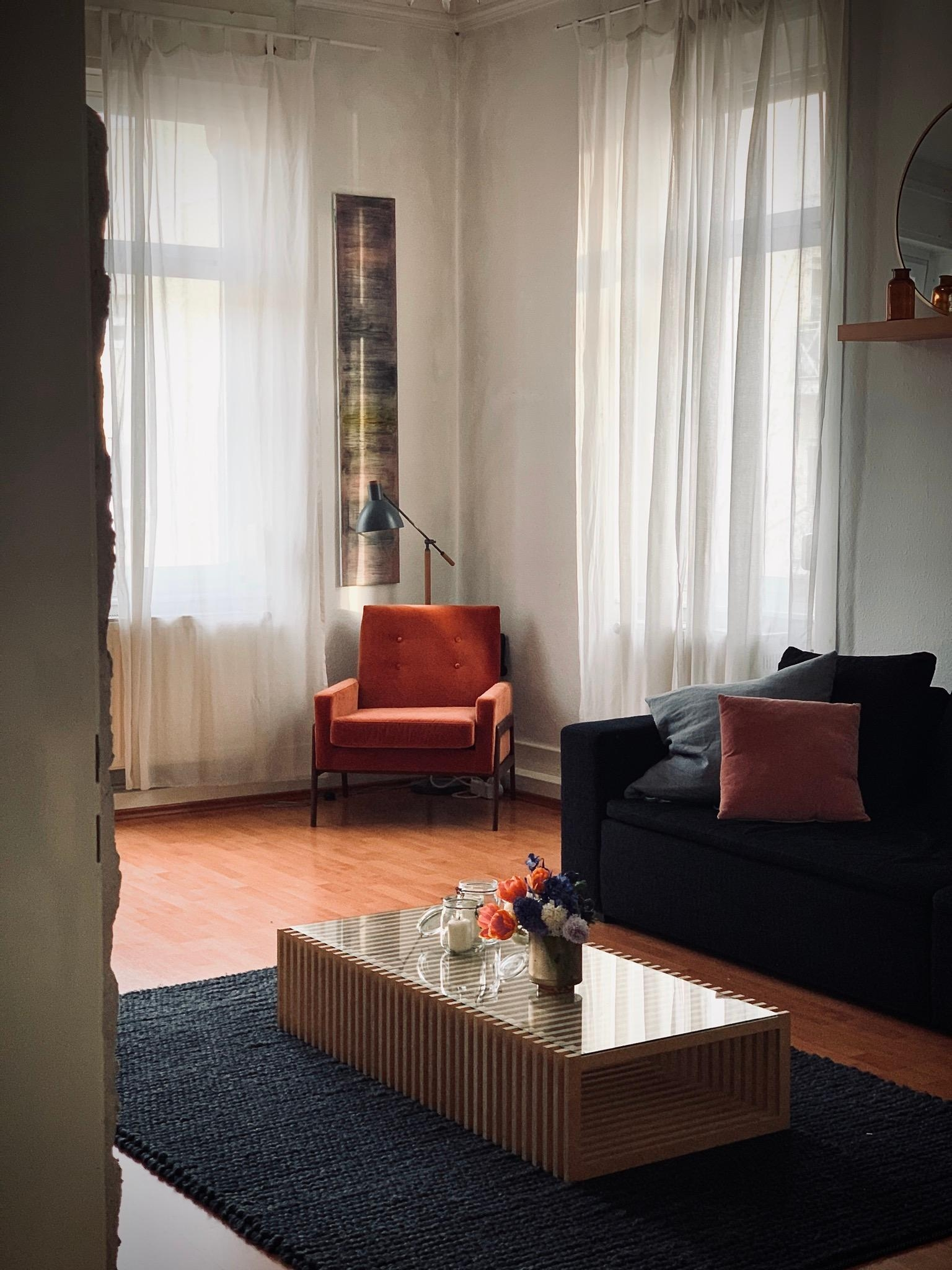 My mood happy weekend  wohnzimmer freshflowers interior couchstyle couchliebt altbau  d95725c7 3fef 4f3b a807 c45cffd5cea7