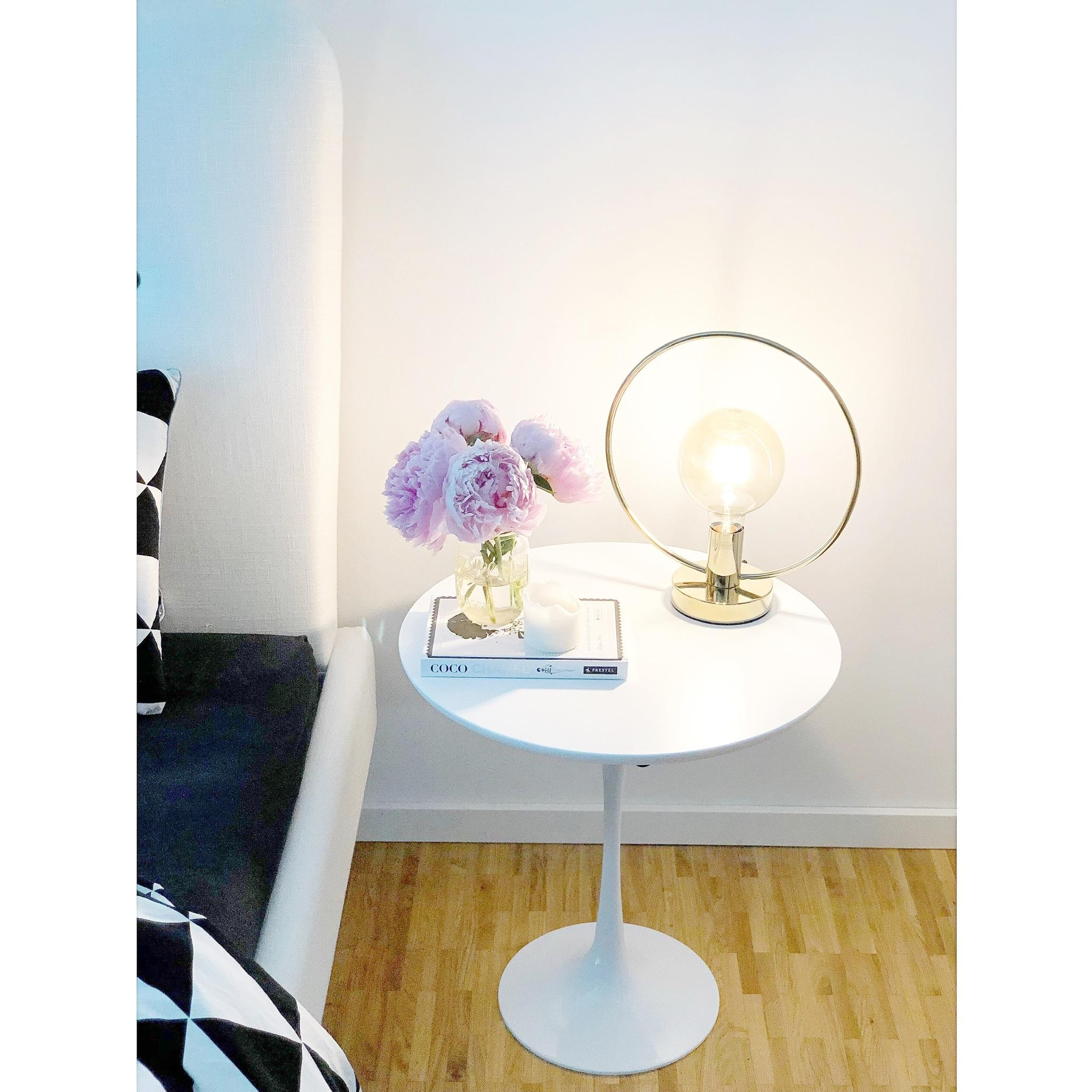 Myhome schlafzimmer tuliptable saarinen  7f49d9ce c680 467e 8c59 0cd627f9b0bd