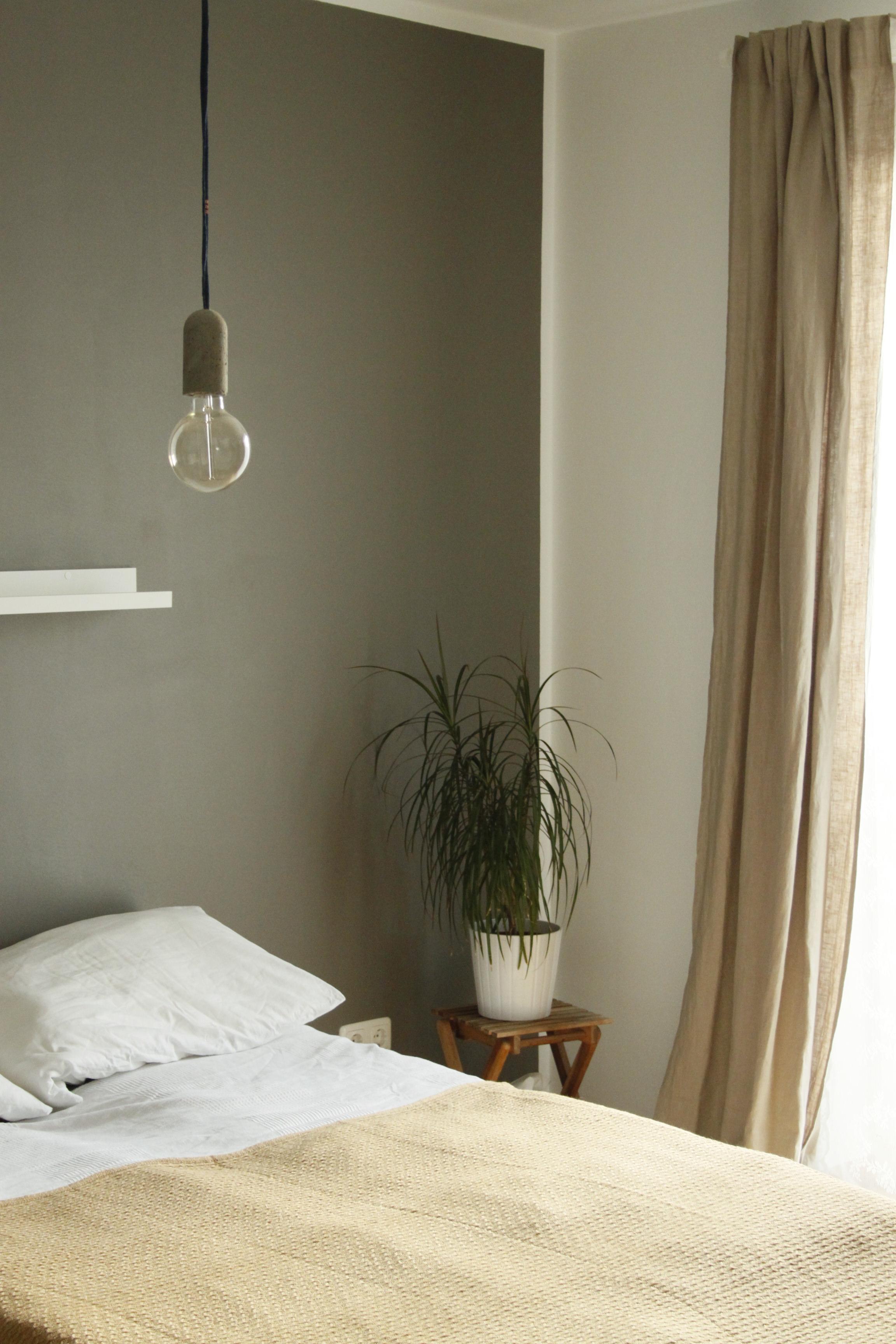 Attraktiv Neue Betonlampe In Unserem Schlafzimmer Natuerlich Beige 775b1e72 886b 4867  99f5 26730df06ed9