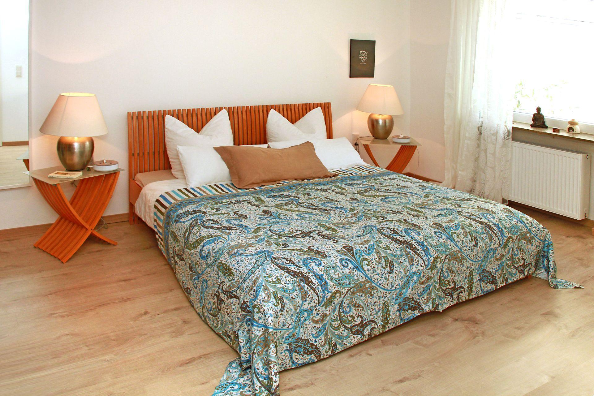 Neues Schlafzimmer #bett ©Petra Karin Hartz • COUCH