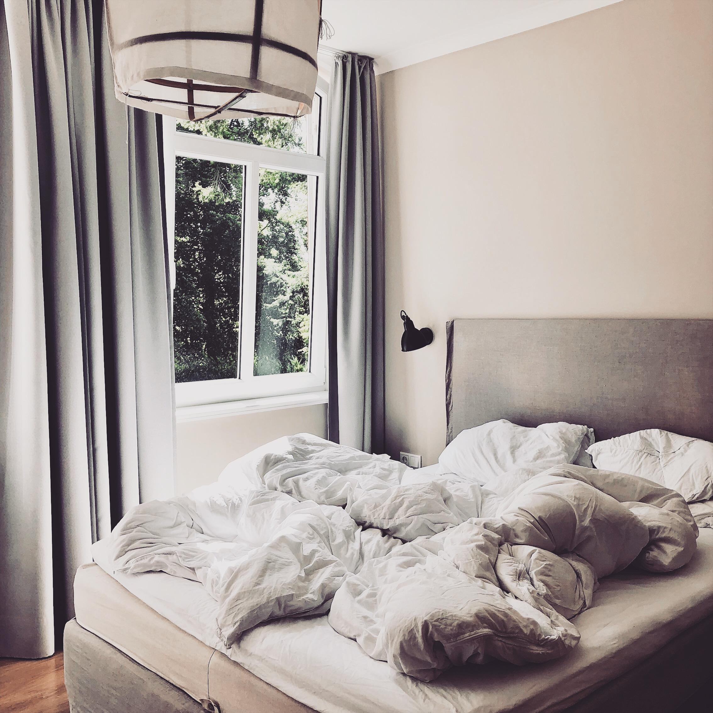 neulich im wundervollen #boutiquehotel #smuckesteed #auszeit #onmybed #bed #morningslikethese #interior #nordic #scandi