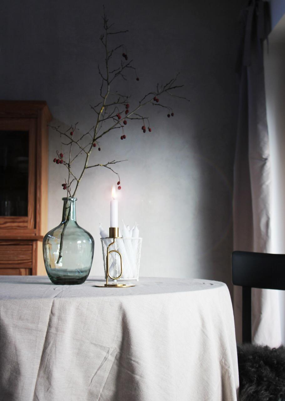 Novembergrau Interior Living Herbst Herbstdeko Hagebuttenzweig Kerze  Kerzenlicht Cozy Hygge 9e72a5cb B8f9 416d A8c1 996c395f4e33