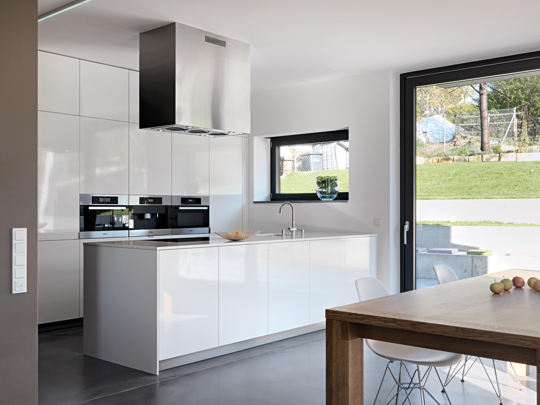 Weißer Küchenschrank • Bilder & Ideen • COUCHstyle | {Leicht küchen weiß 17}