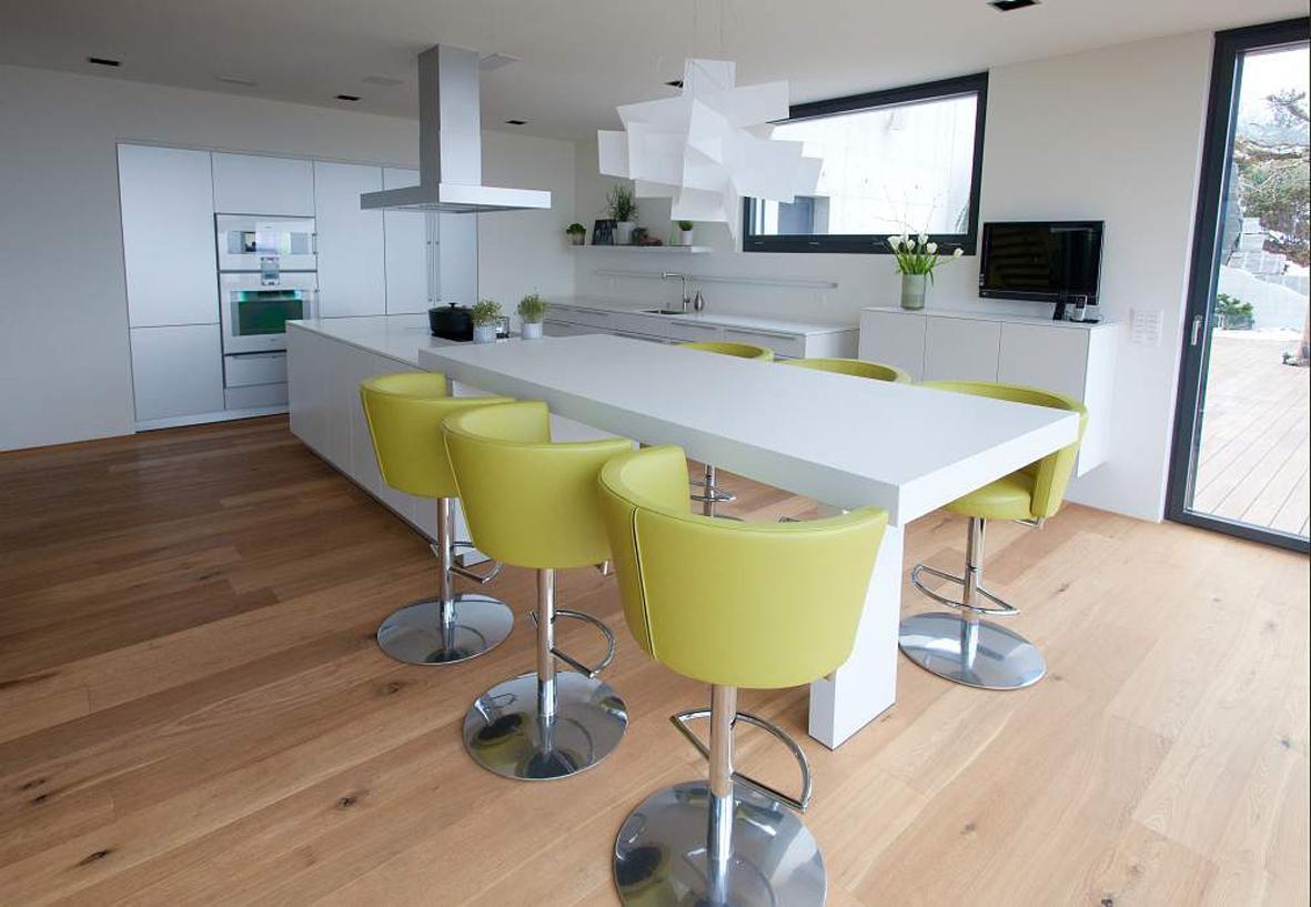 Offene Küche mit Essplatz #barhocker #küche #bar #pe...