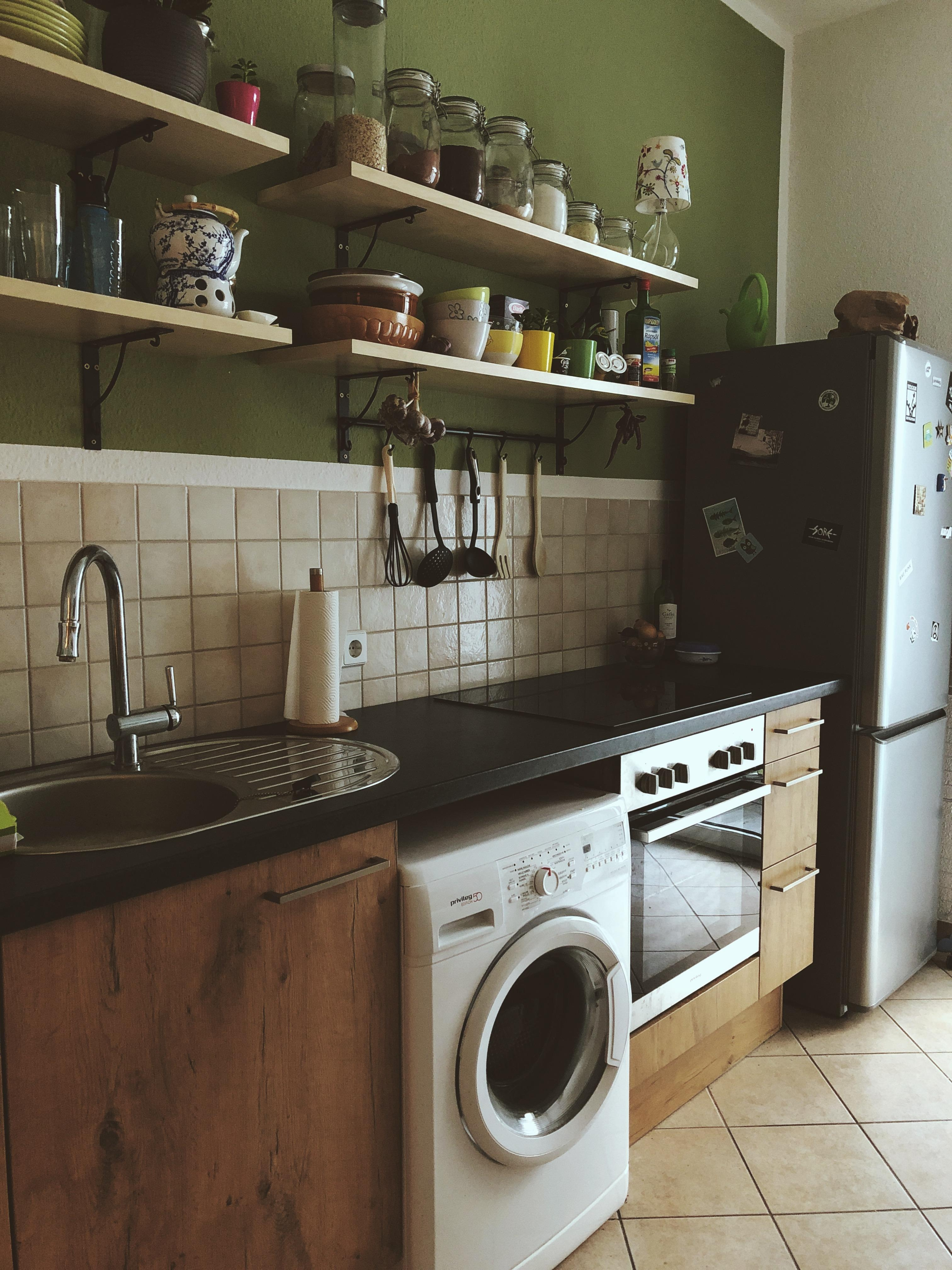 Ohne Hängeschränke ist unsere Küche jetzt viel freun...