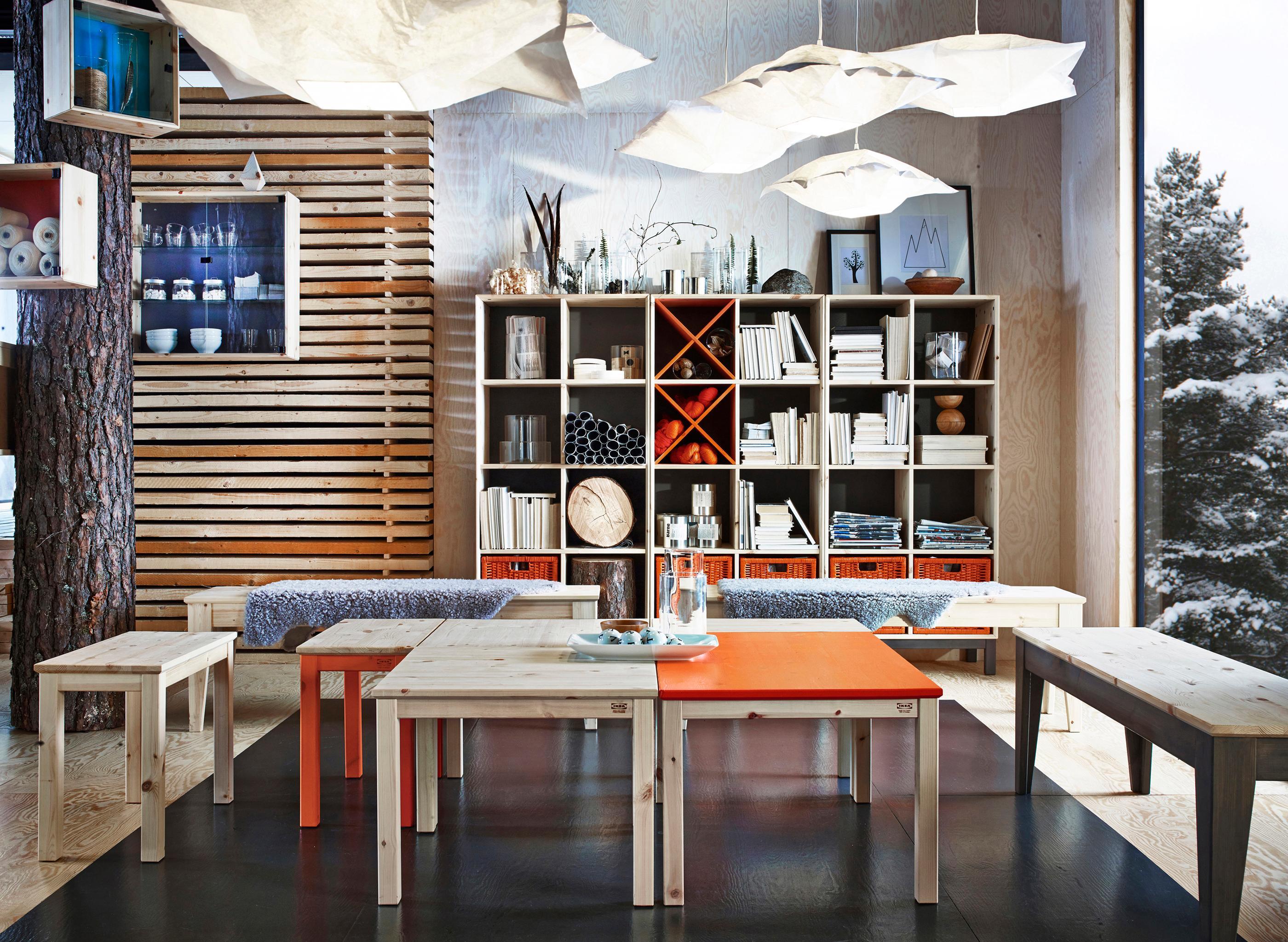 orangefarbene möbel und quadratische formen #schrank