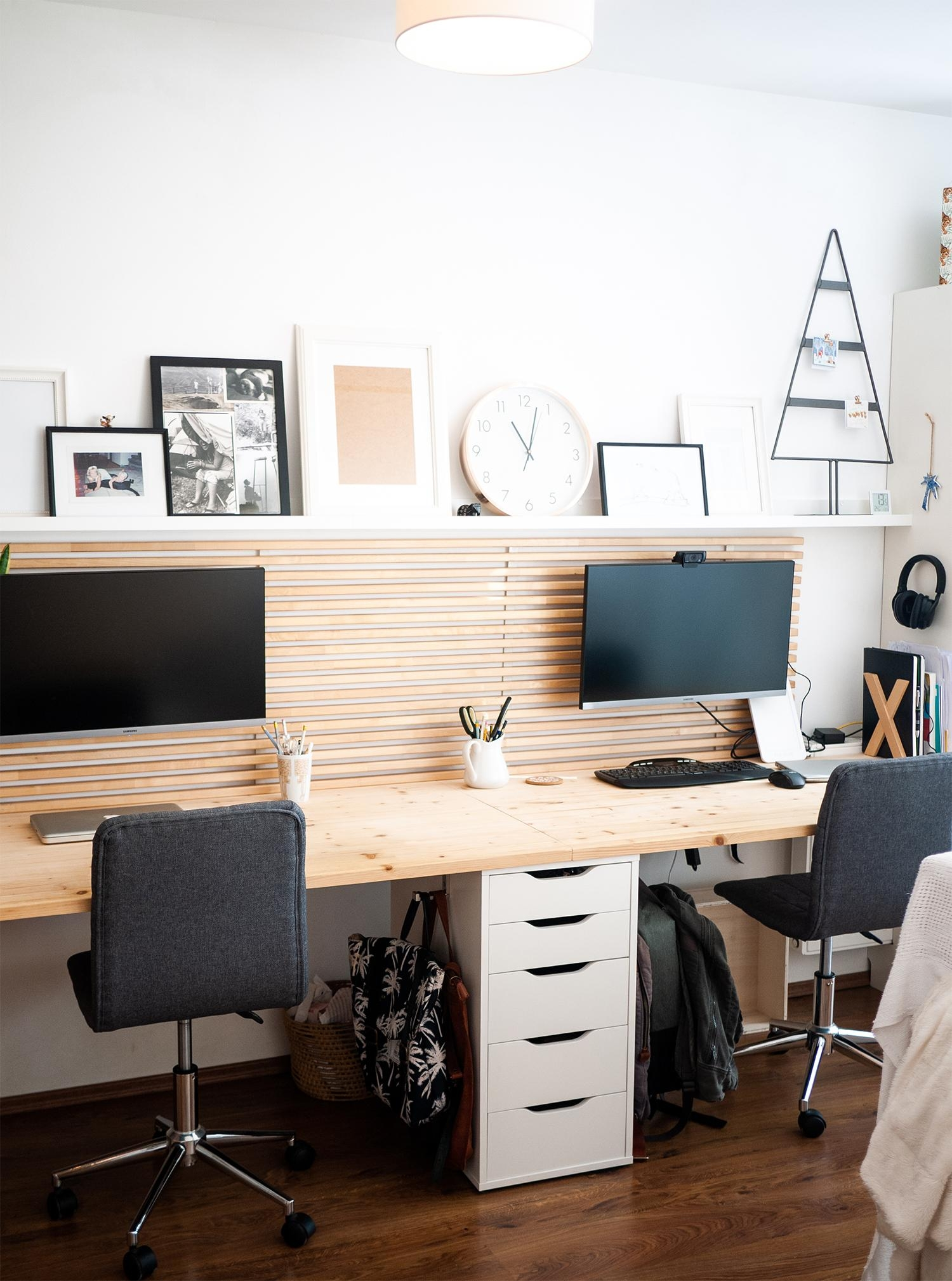 Our #wfh office makes Mondays easier :) #homeoffice