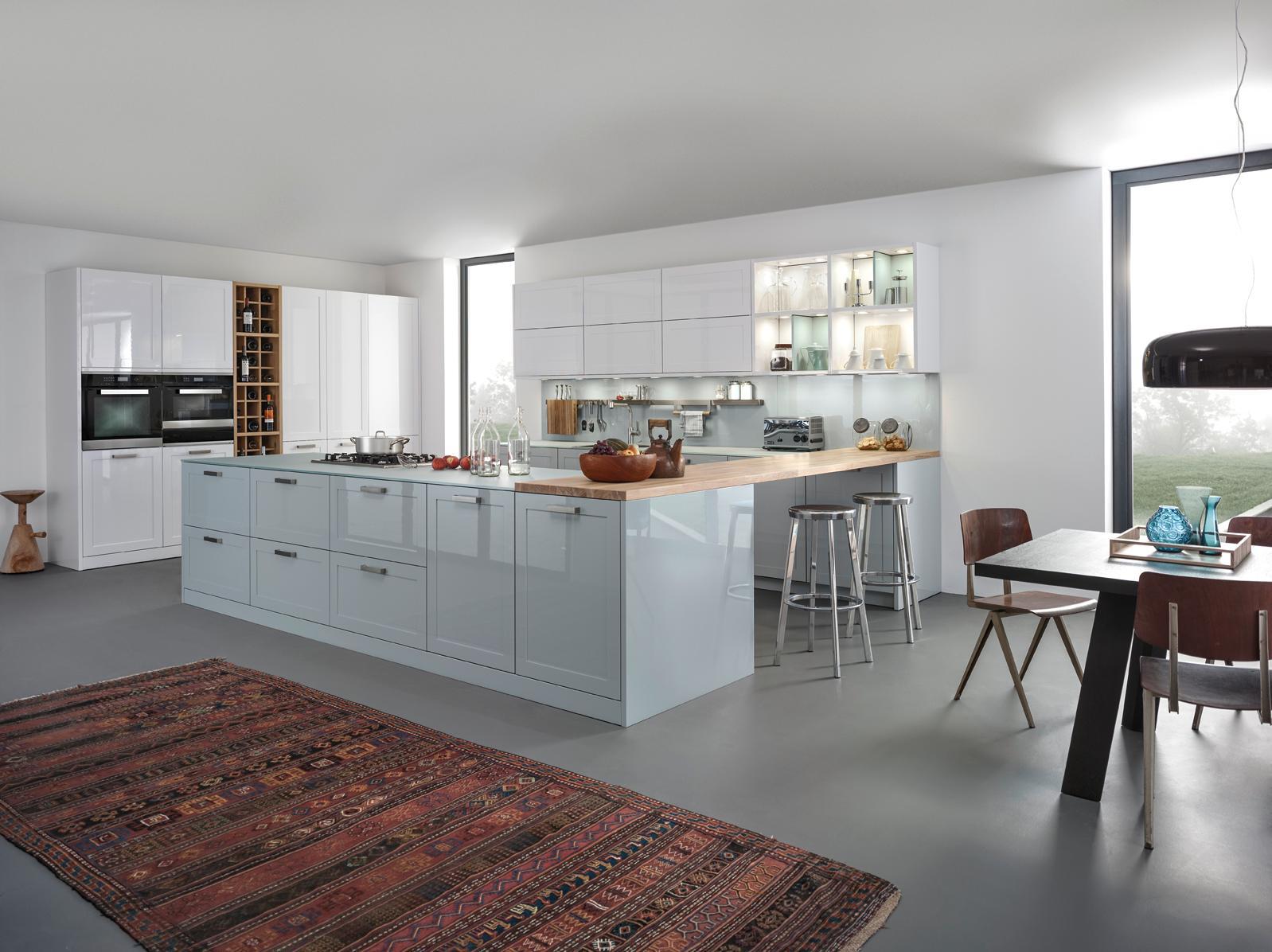 Pastellfarben beleben die Küche #küche #teppich #bar...
