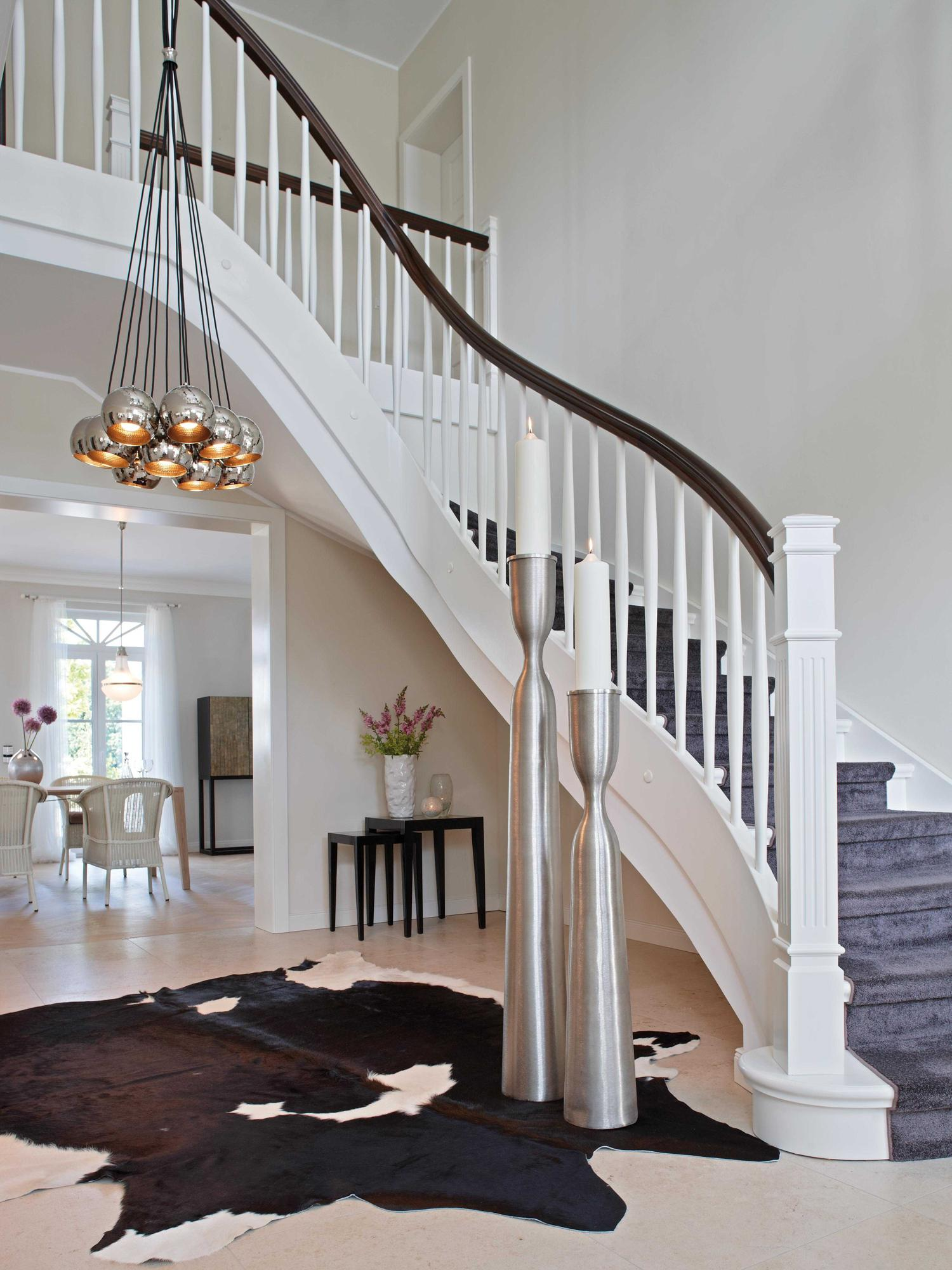 pendelleuchten im eingangsbereich kerzenst nder pe. Black Bedroom Furniture Sets. Home Design Ideas