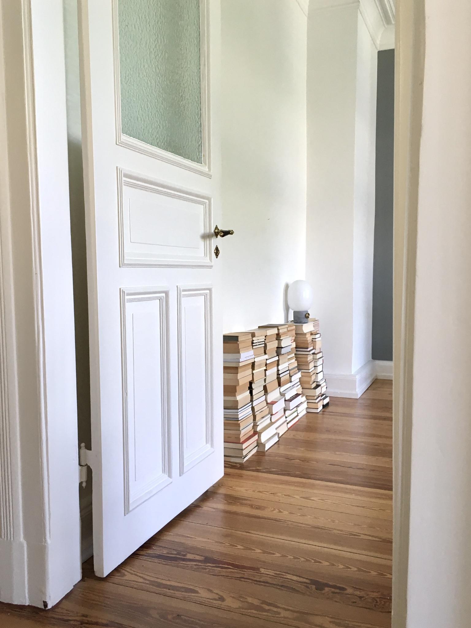 Wohnideen graue wand eigenschaften wohndesign - Trendfarben fur wande ...