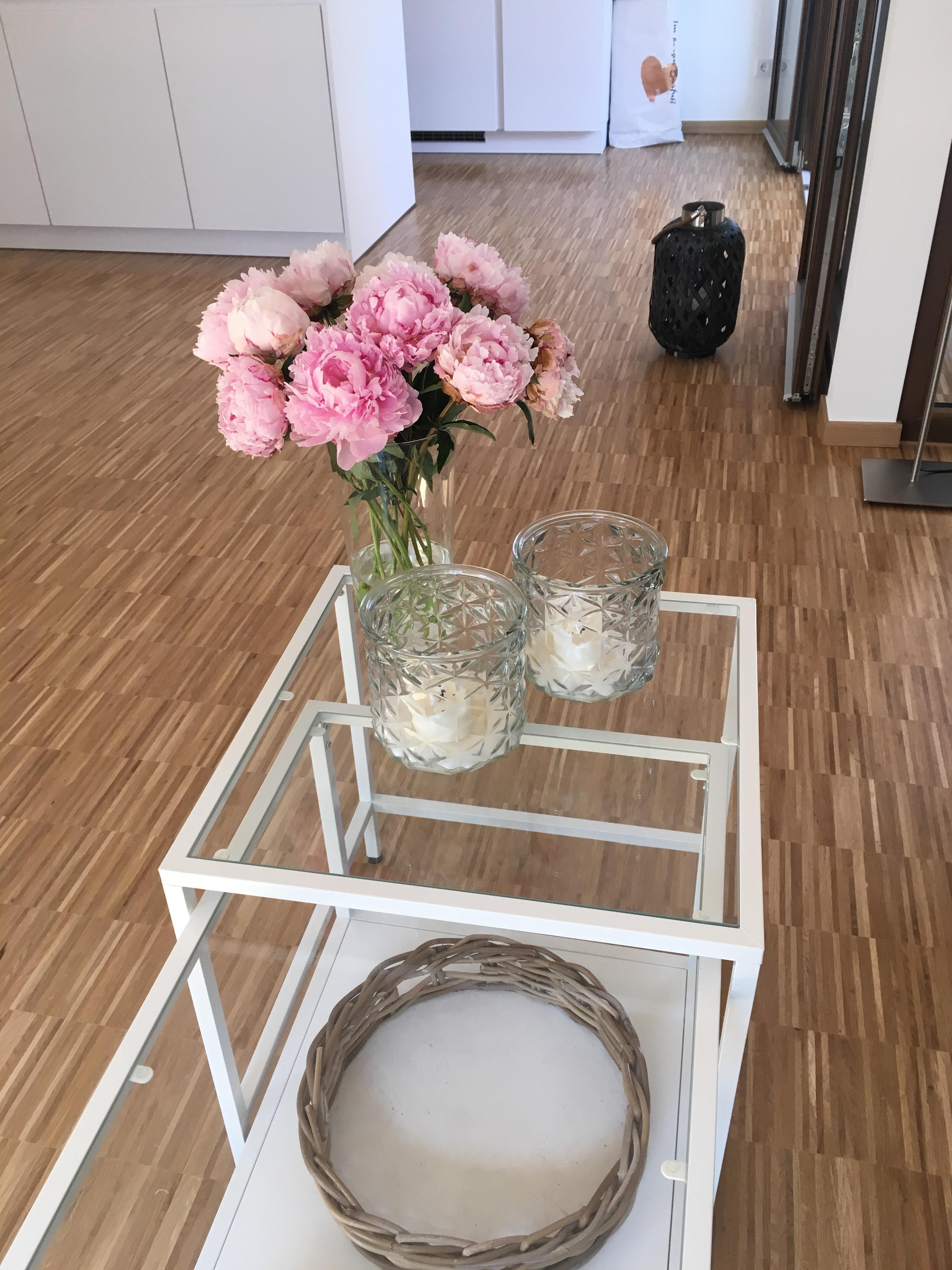 #Pfingstrosen   Liebe 💗 #Couchtisch Aus Glas #Ikealiebling