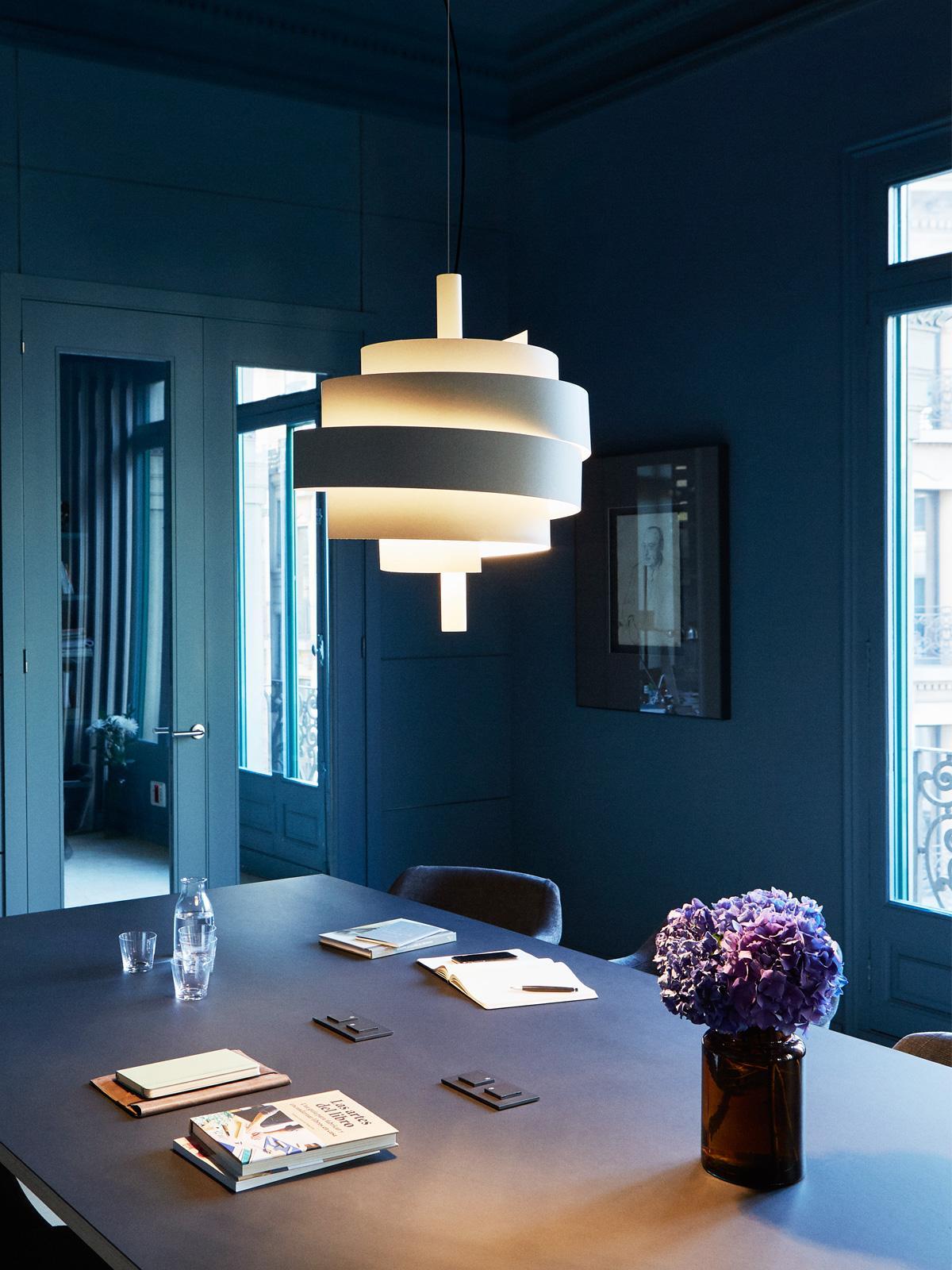 awesome piola lampe fr tolles spiel von licht und schatten with lampen ideen - Fantastisch Tolles Dekoration Lampe Mit Mehreren Schirmen