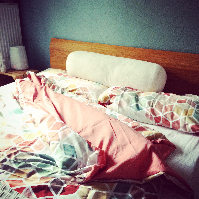 #bettrolle #schlafzimmer #auping #sleepwell #türkisfarbenewandgestaltung  #schlafzimmerfarben #