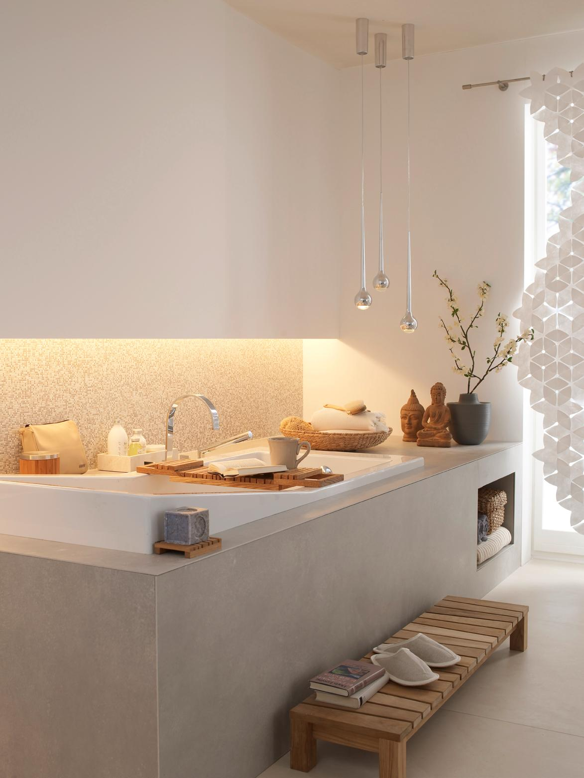 Pendelleuchte Bad purismus im bad badewanne pendelleuchte knutzen