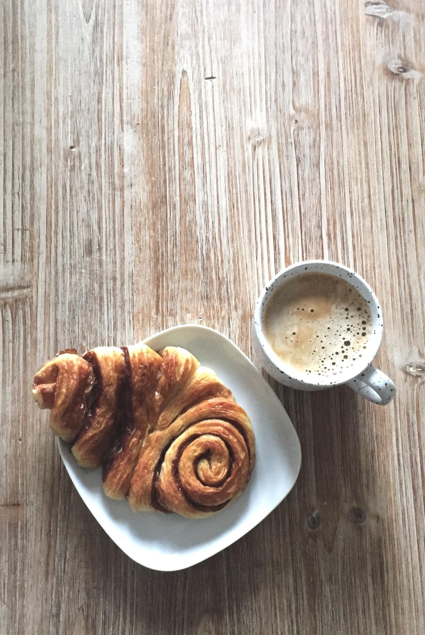 Rainy Saturdays & studying treatment #franzbrötchen #howtostudy #butfirstcoffee #regentag