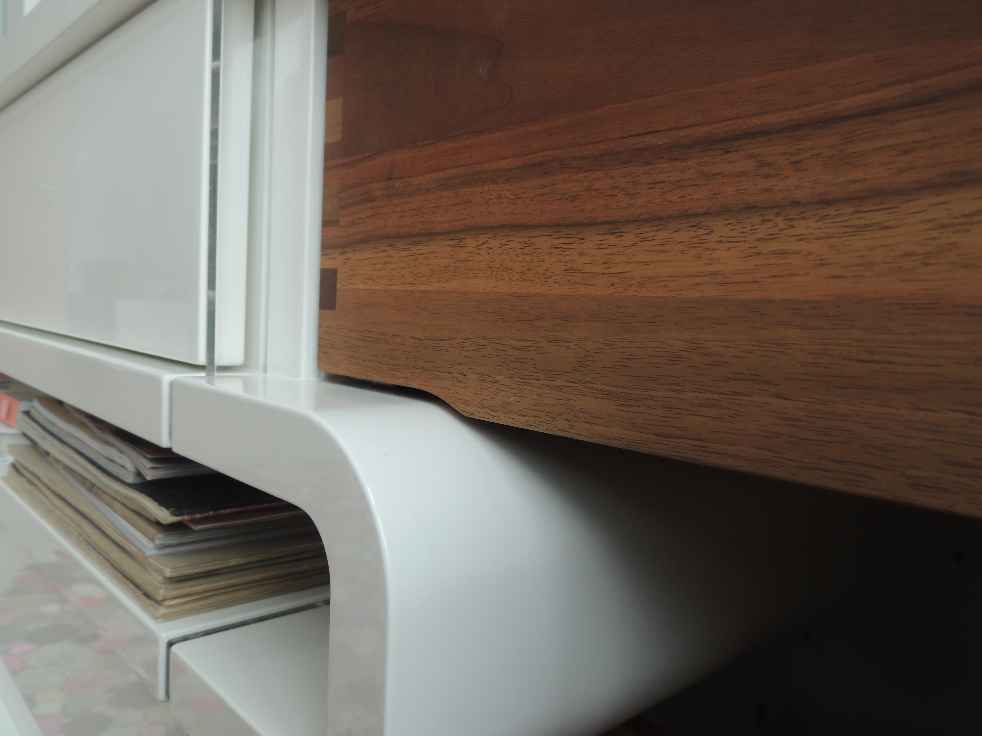 H lzerner raumteiler bilder ideen couchstyle for Sideboard raumteiler