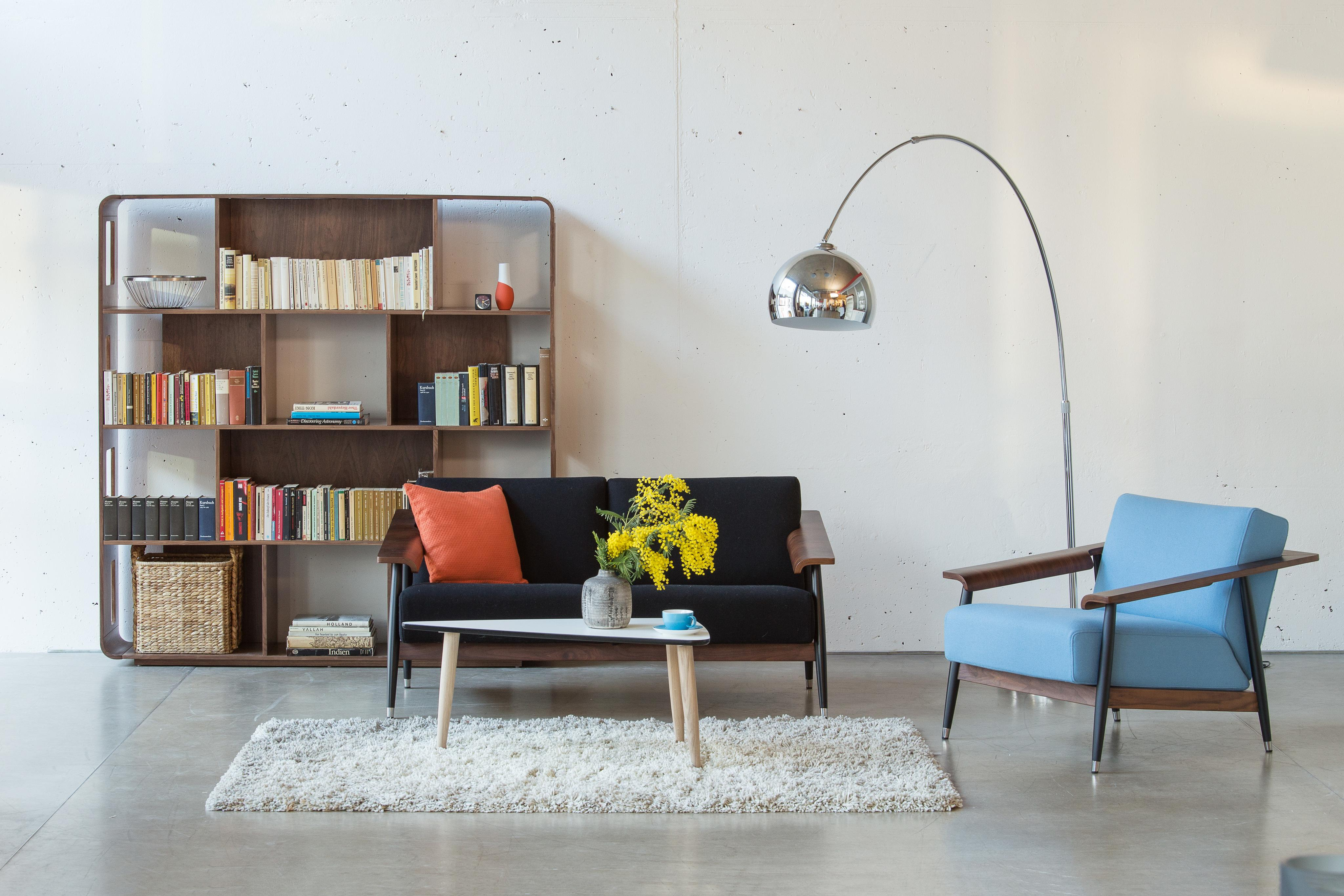retro alles kommt zur ck couchtisch bogenlampe. Black Bedroom Furniture Sets. Home Design Ideas