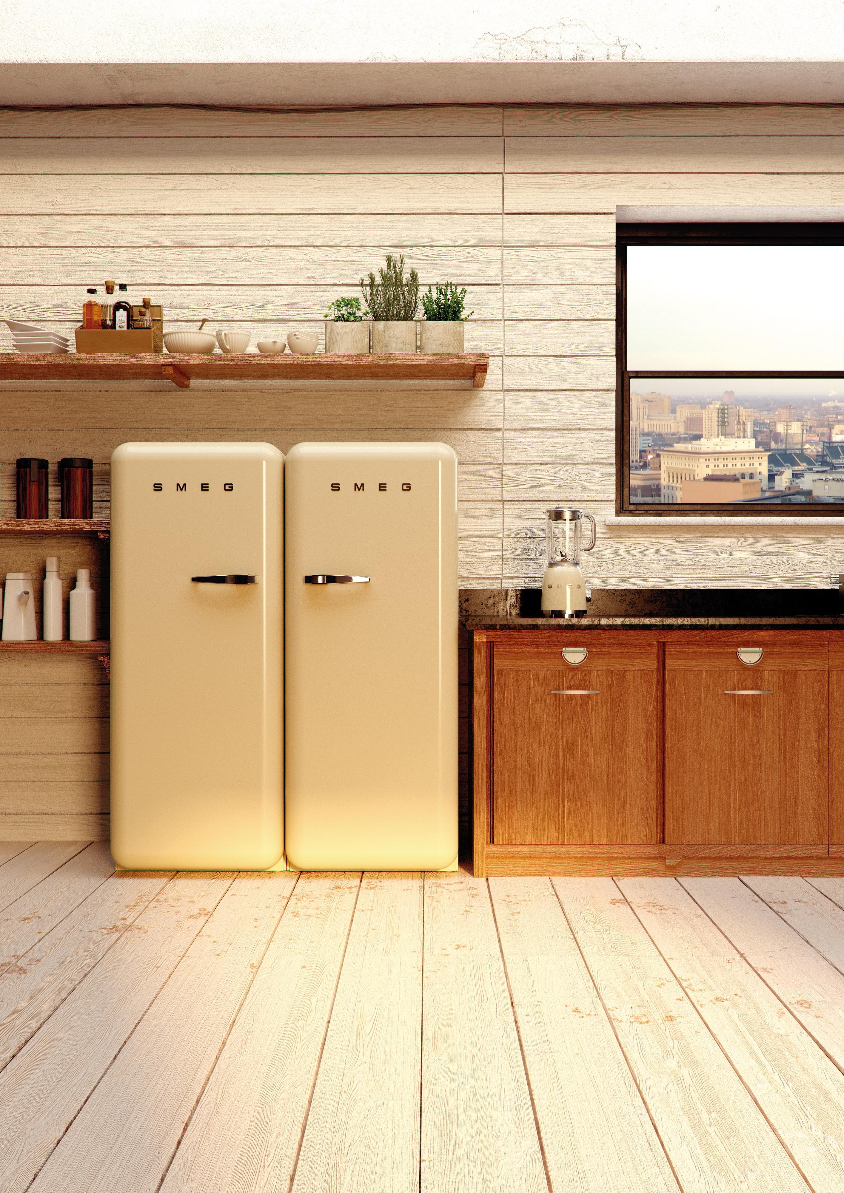 Retro Kühlschränke In Heller Küche #retro #kühlschrank #retrokühlschrank © Smeg