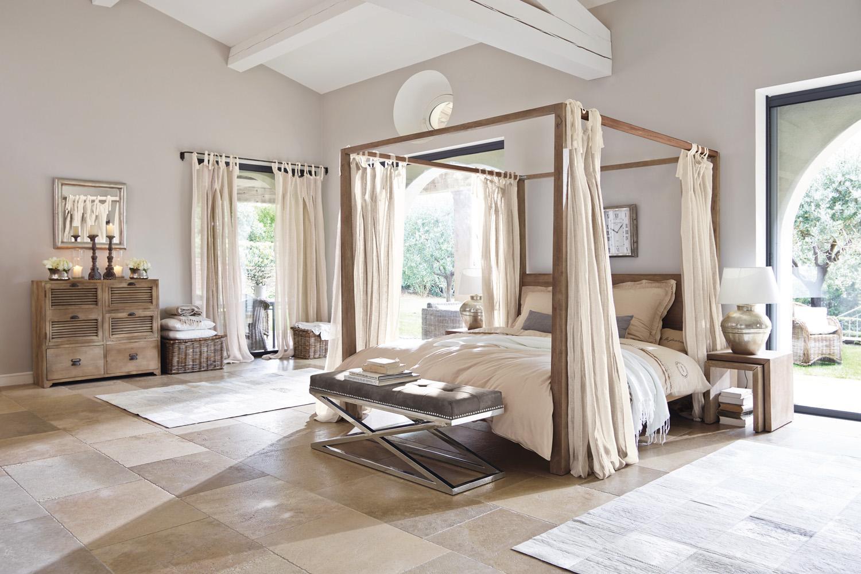 Romantisches Schlafzimmer #himmelbett ©LOBERON