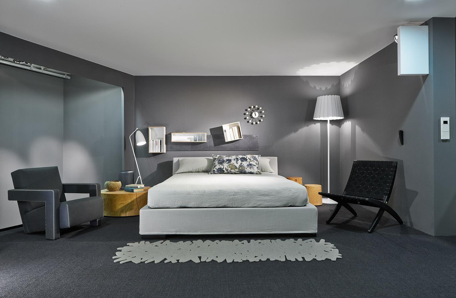r ckzugsort bett wandregal teppich bettw sche s. Black Bedroom Furniture Sets. Home Design Ideas