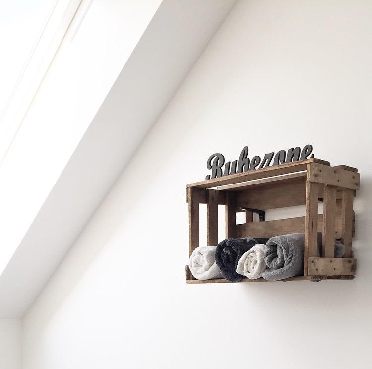wandregal ? bilder & ideen ? couchstyle - Wandregal Badezimmer Holz