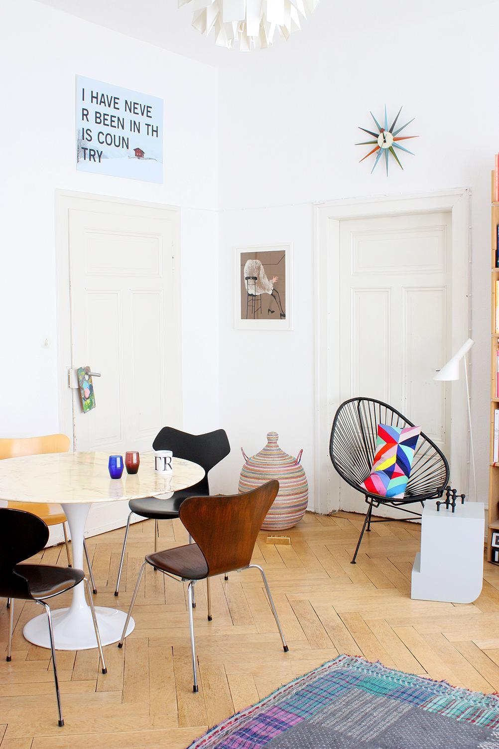 Baumstammtisch bilder ideen couchstyle for Beistelltisch sessel
