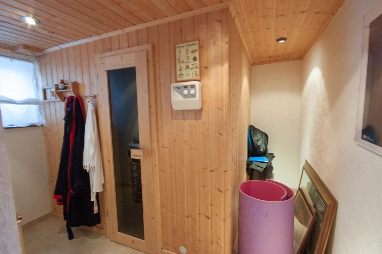 Sauna - vorher #sauna ©IMMOTION Home Staging / Florian Gürbig