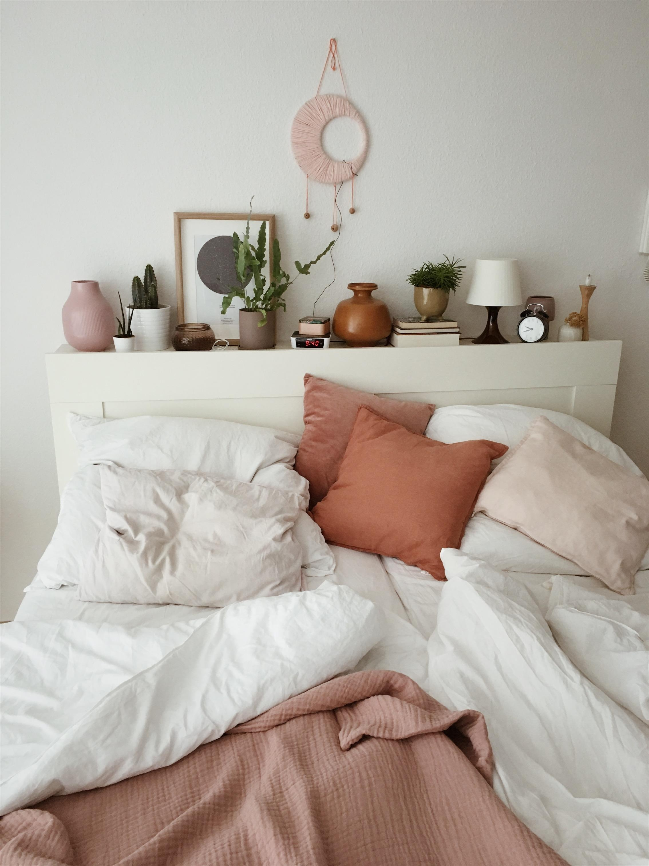 #schlafzimmer #bedroom #bed #bett #kissen #pilows #leinen #decor #hygge #interior