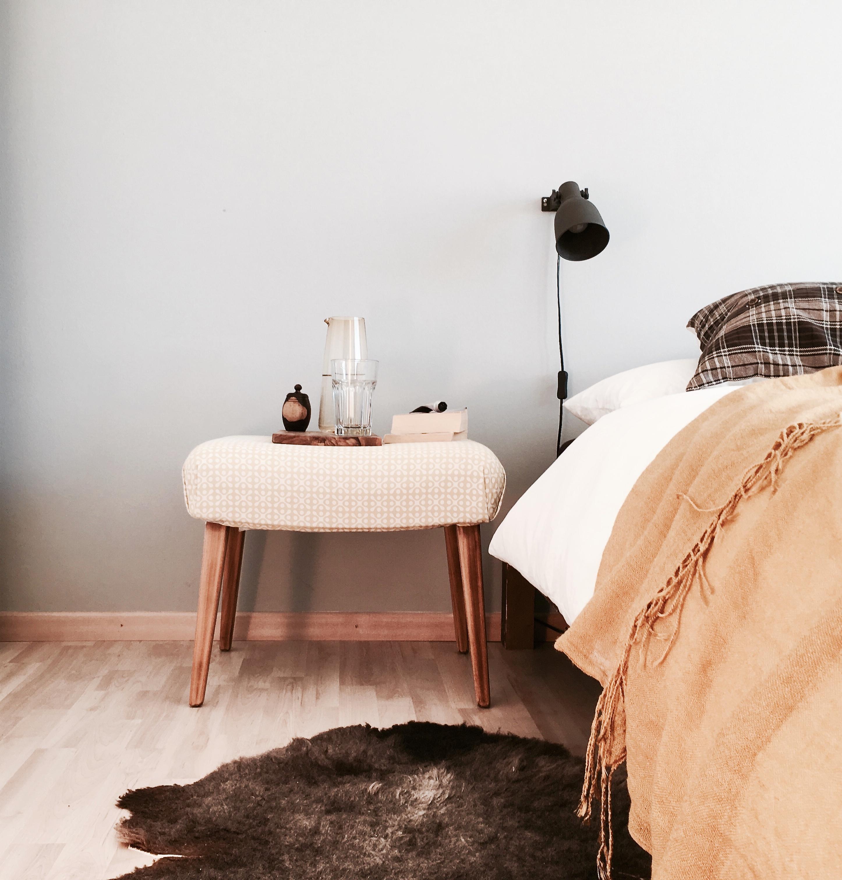 Schlafzimmer In Herbstlichen Farben #vondirinspiriert #schlafzimmer  #herbstfarben #grau #senfgelb #
