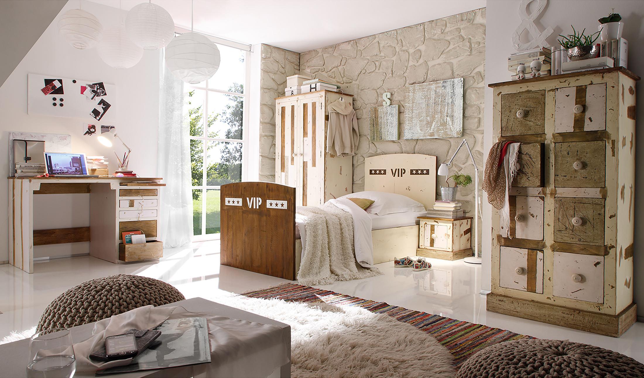 Schlafzimmer in Naturtönen #schreibtisch #jugendzimm