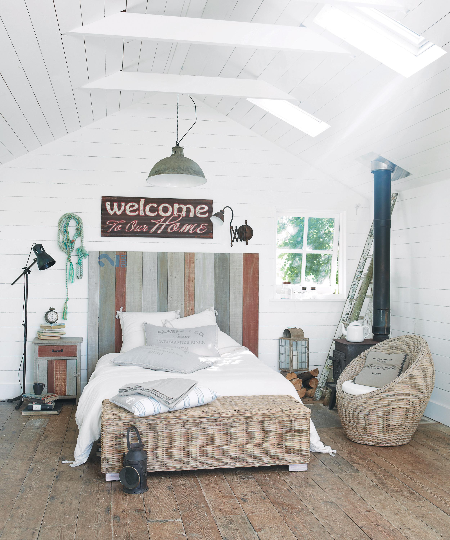 Schlafzimmer Maritim Gestalten Bett Dielenboden D