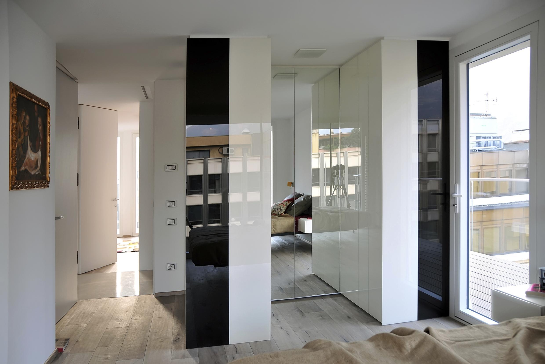 Schlafzimmer mit begehbarem Kleiderschrank #bett #sp...