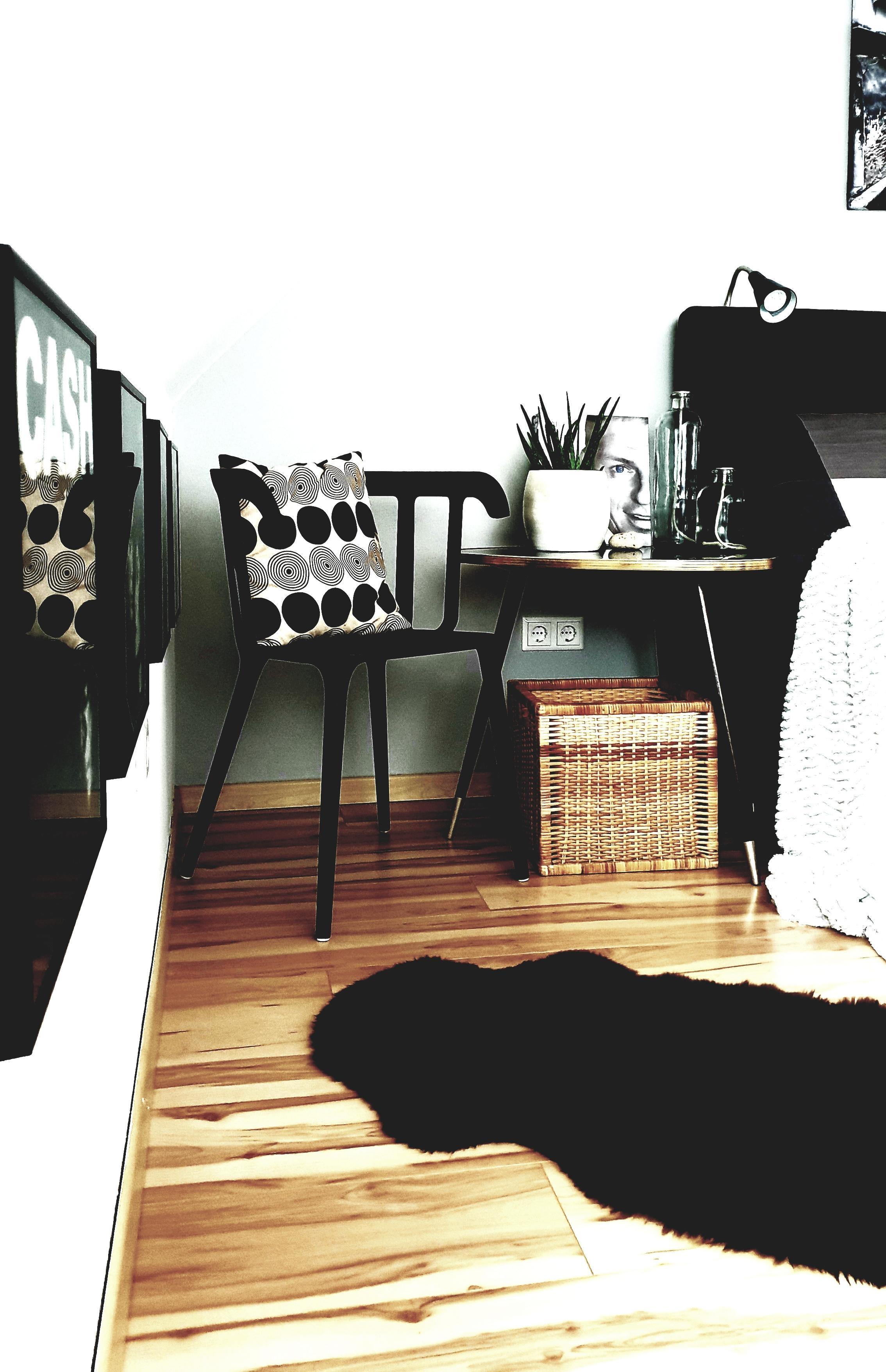 Schlafzimmer Nachttisch Stuhl Deko Meine Bettse