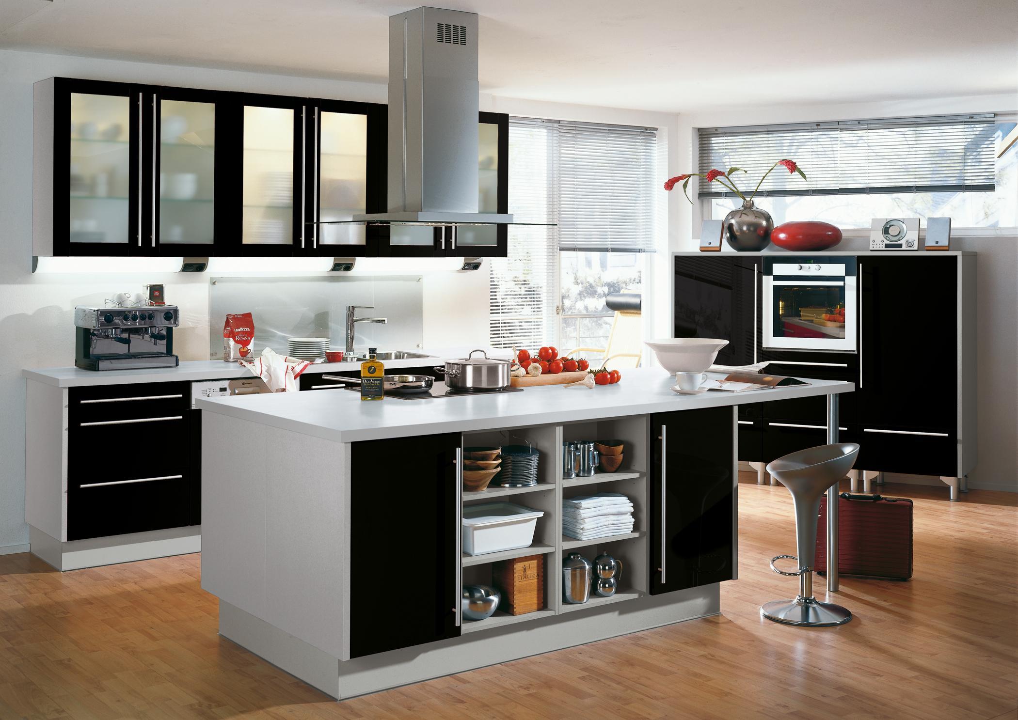 Schwarze Kücheninsel • Bilder & Ideen • COUCH