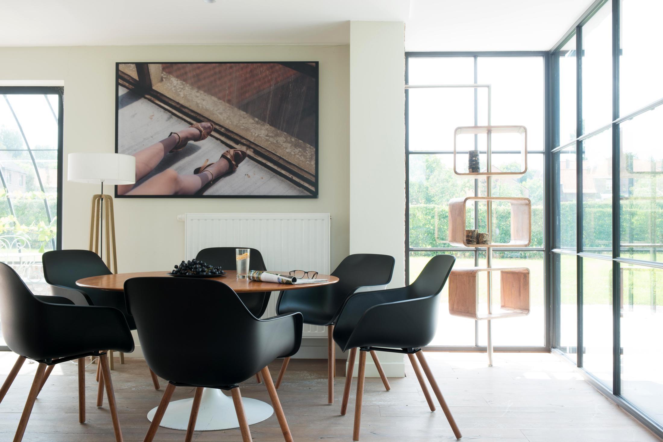 Schalenstuhl bilder ideen couchstyle for Schalenstuhl esszimmer