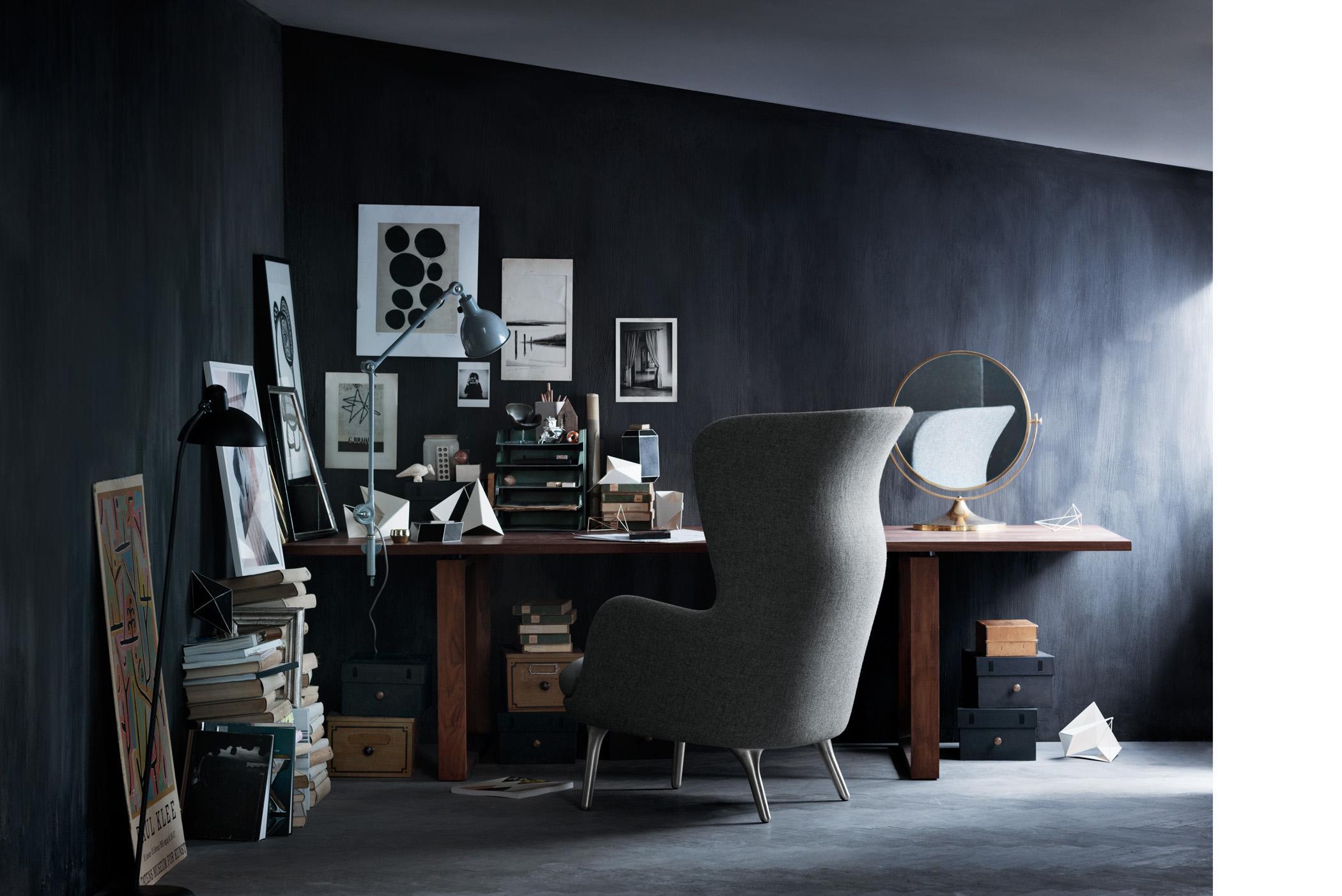 Schwarze Wandfarbe Bilder Ideen Couch