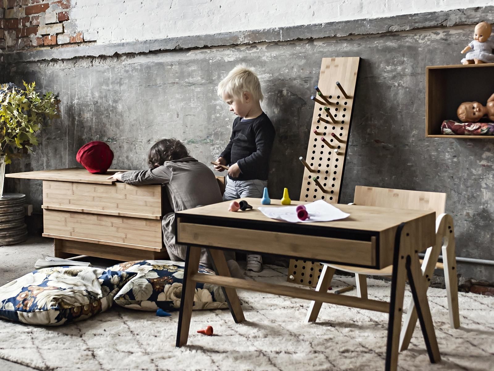 SCOREBOARD im Kinderzimmer #garderobe #hakenleiste ©We Do Wood