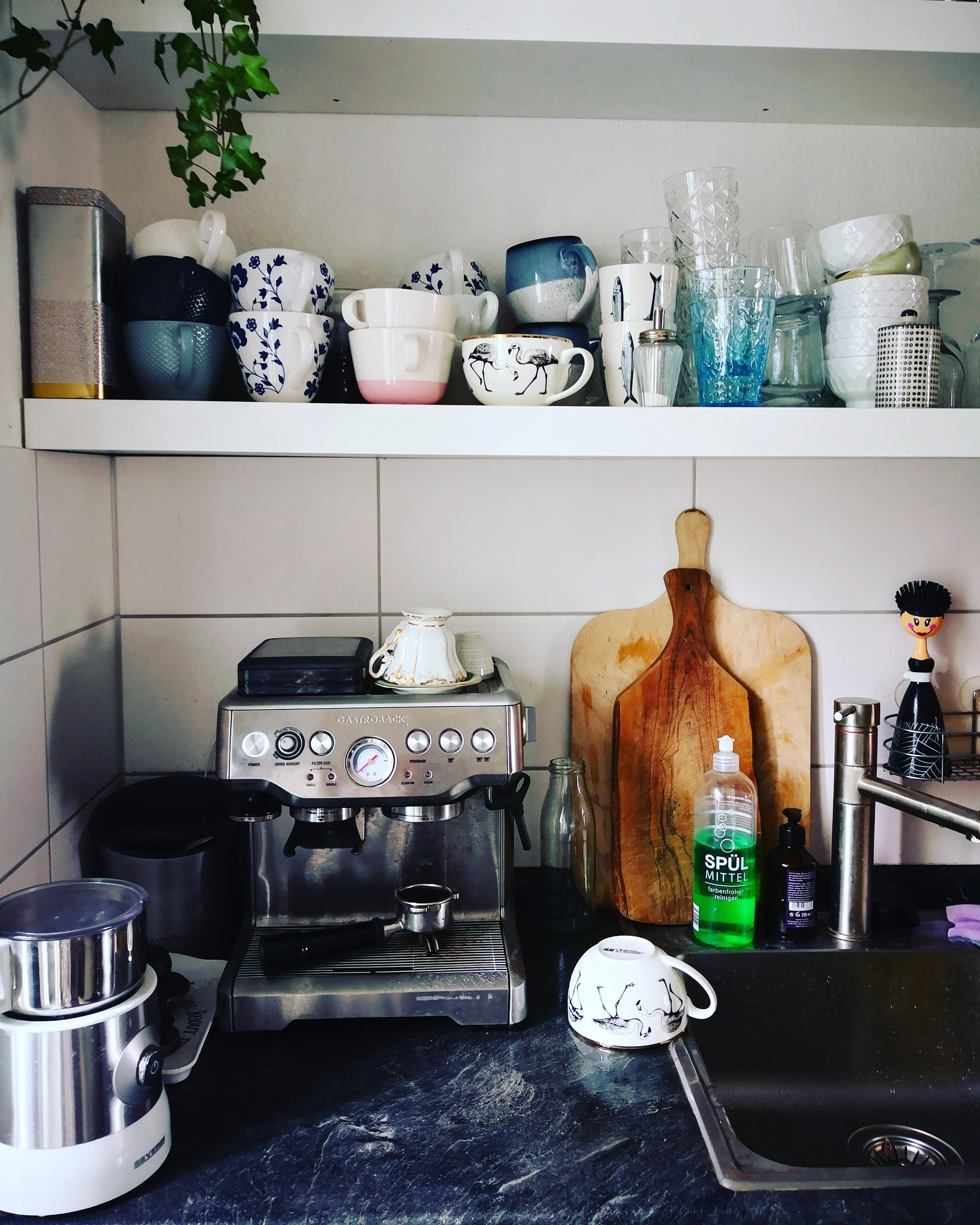 Sehr wichtiges kuechengeraete   coffee addicted livingchallenge kitchen kueche butfirstcoffee  a4488a61 74a7 4931 abf9 e7502c891aef