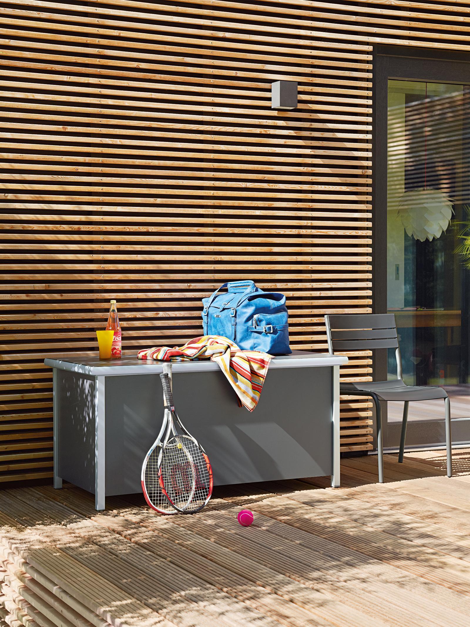 Sideboard Auf Der Terrasse Sideboard Gartenmobel C
