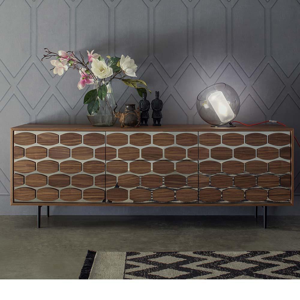 Sideboard HONEY Besticht Mit Warmen Farben Und Design #italienischemöbel  #ornament ©Tonin Casa