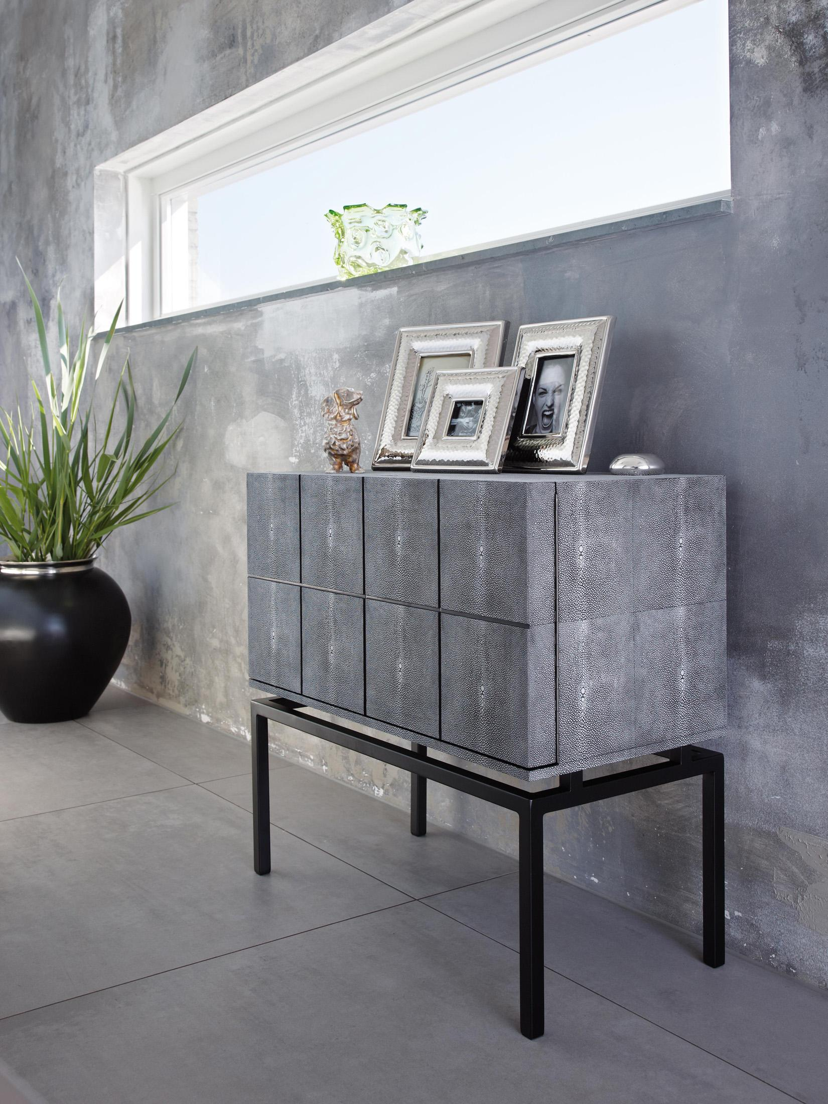 Sideboard in Beton-Optik #sideboard #minimalistisch #industriedesign ©Lambert