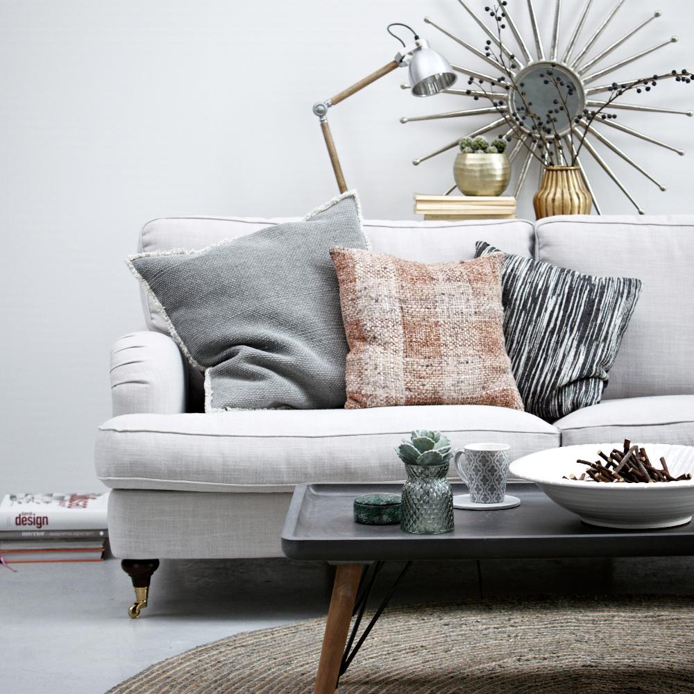 Skandinavisches design geschirr  Skandinavische Wohnzimmerideen #badezimmer #wohnzimm...