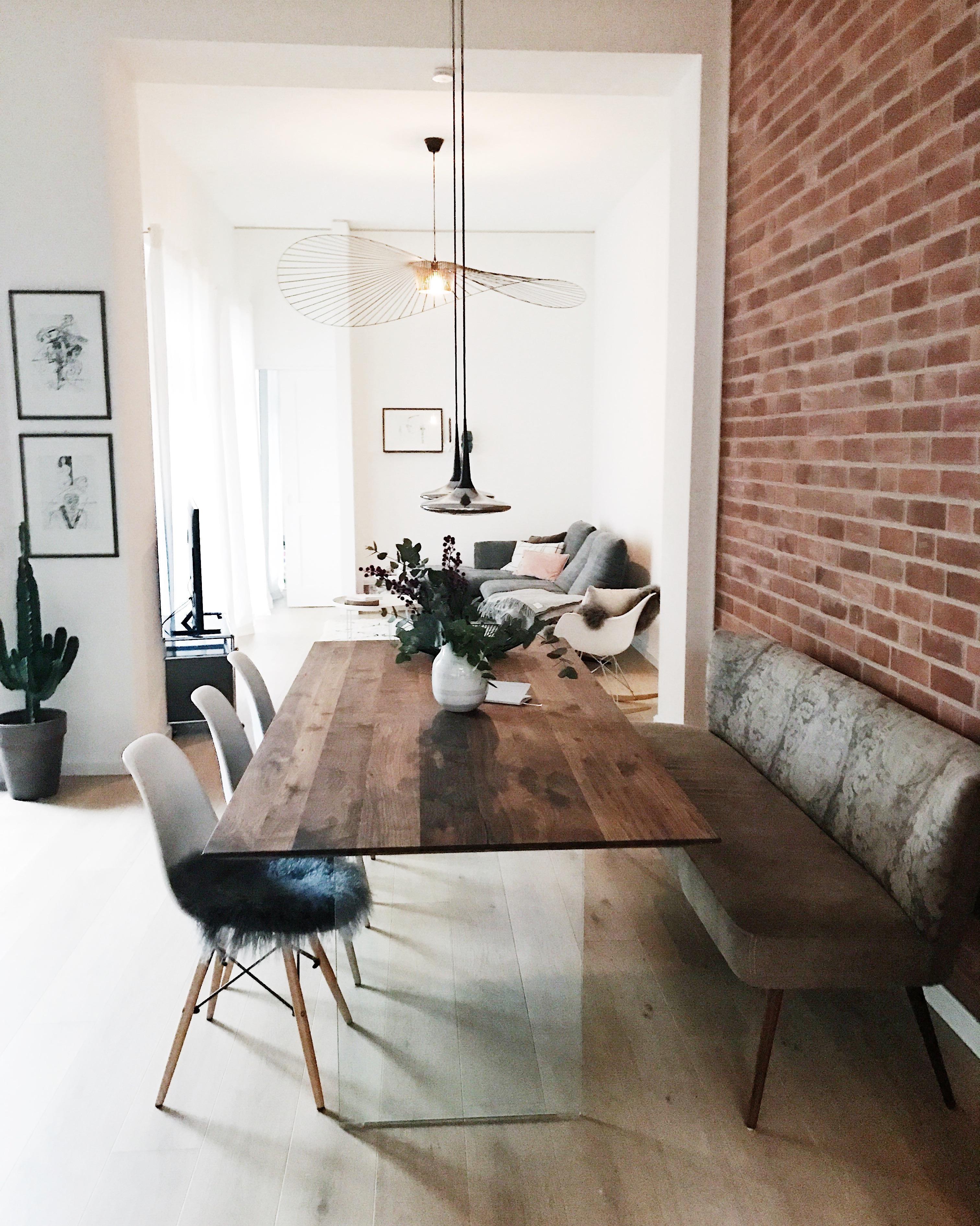 Schön #skandistyle#whiteliving#vitra#esszimmer#esszimmertisch#wohnzimmer#loft#home