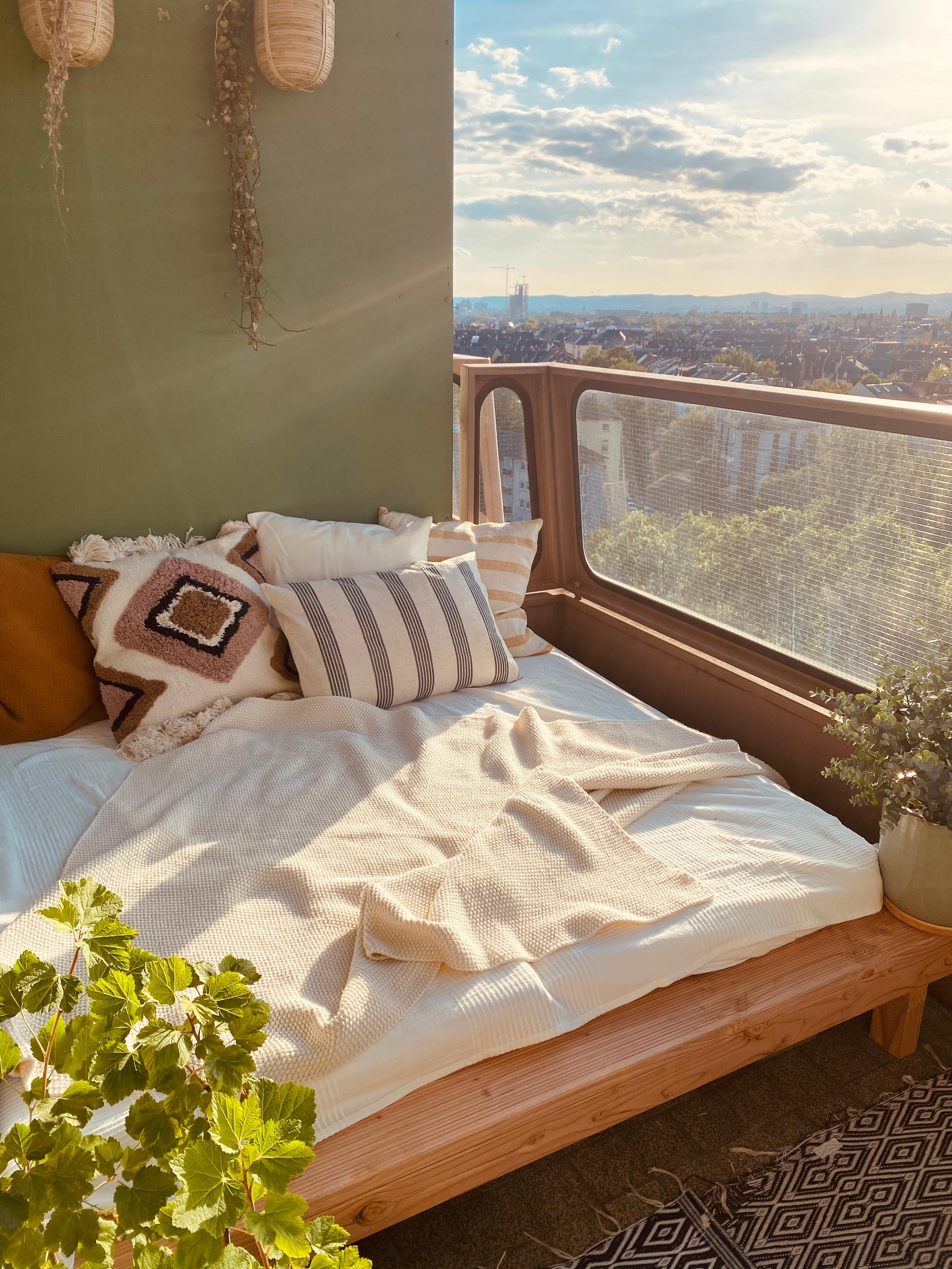 #sofabed mit skylineblick#athomeuphigh