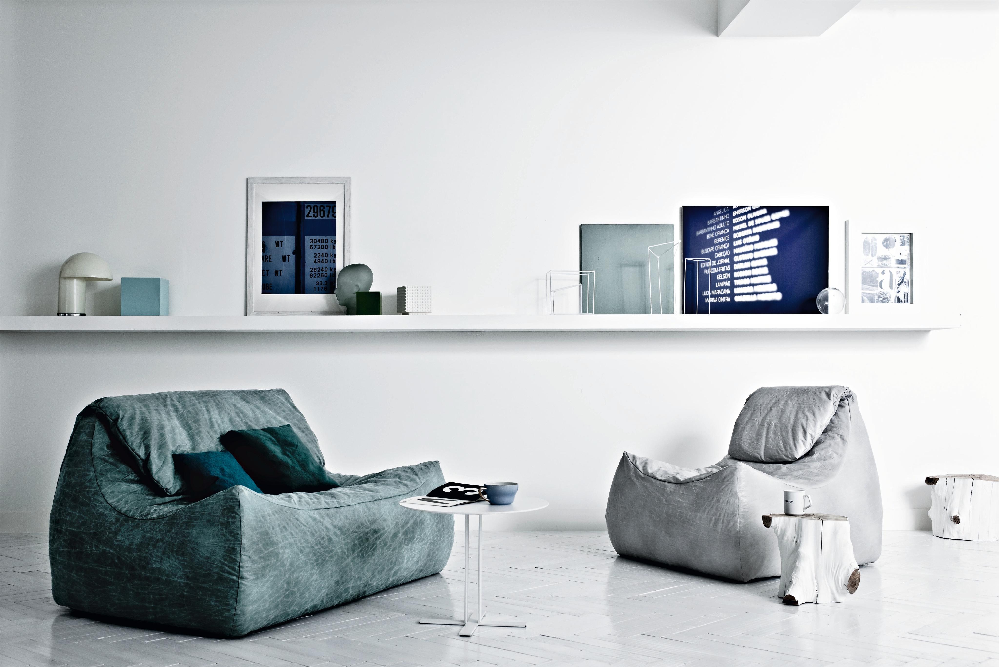 Blickfang Regal Aus Baumstamm Foto Von Sofas Im Stil Der 70er #couchtisch #beistelltisch