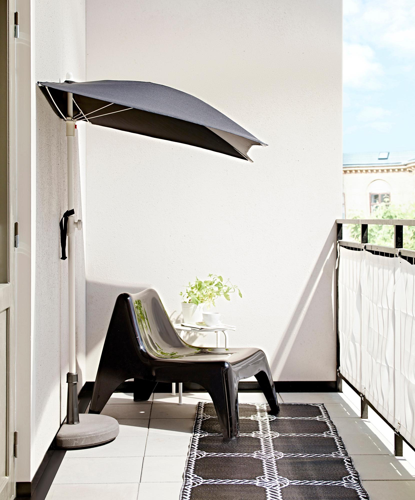 Sonnenschirm Und Lounge Chair Teppich Ikea Sichts