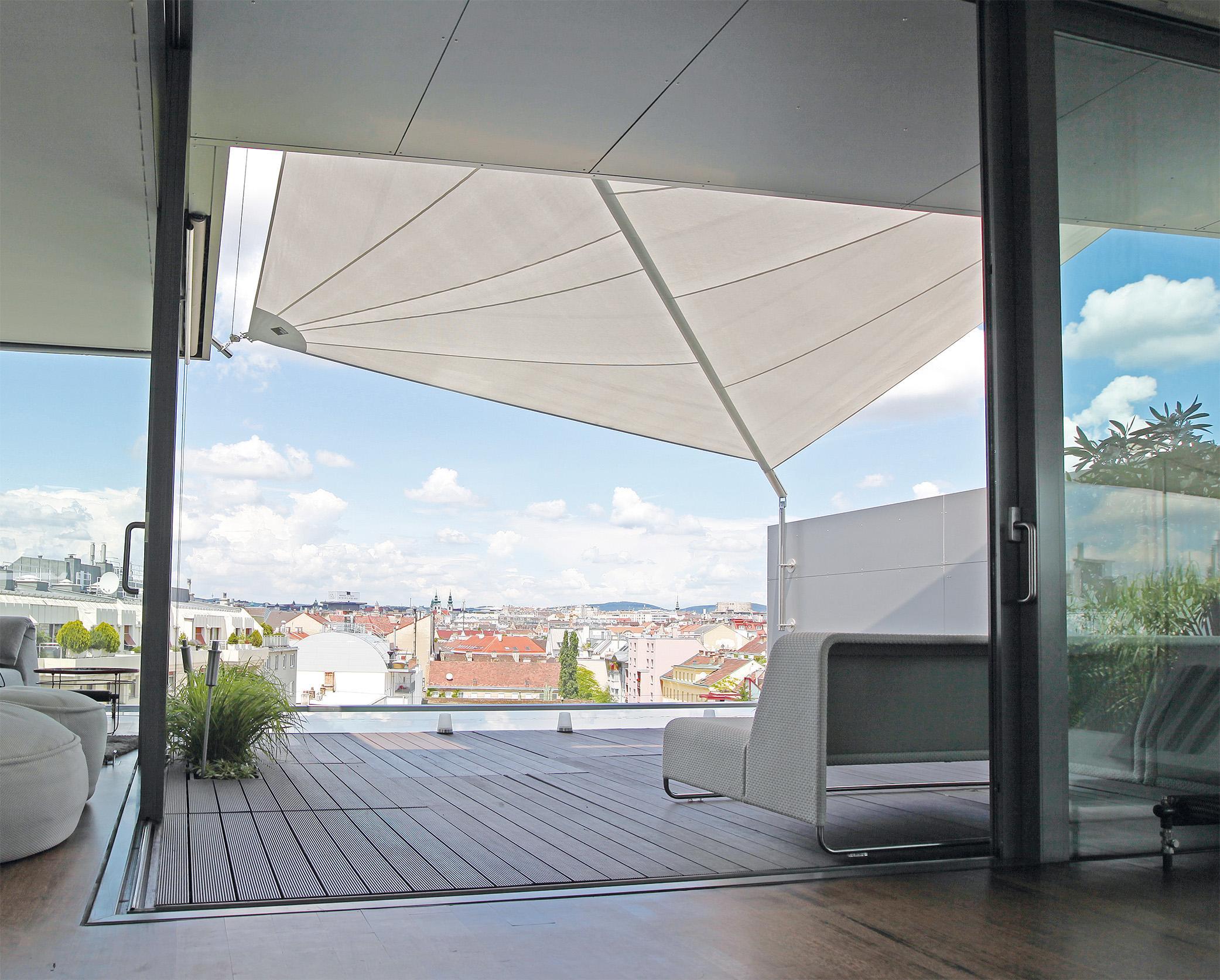 windschutz f r die terrasse bilder ideen couch. Black Bedroom Furniture Sets. Home Design Ideas