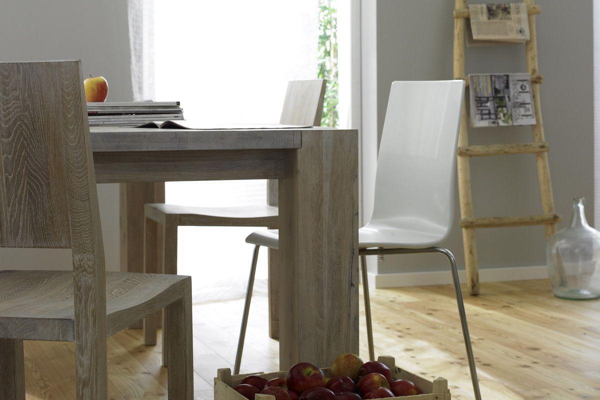 Holzstuhl bilder ideen couchstyle for Tisch bild von ivy design