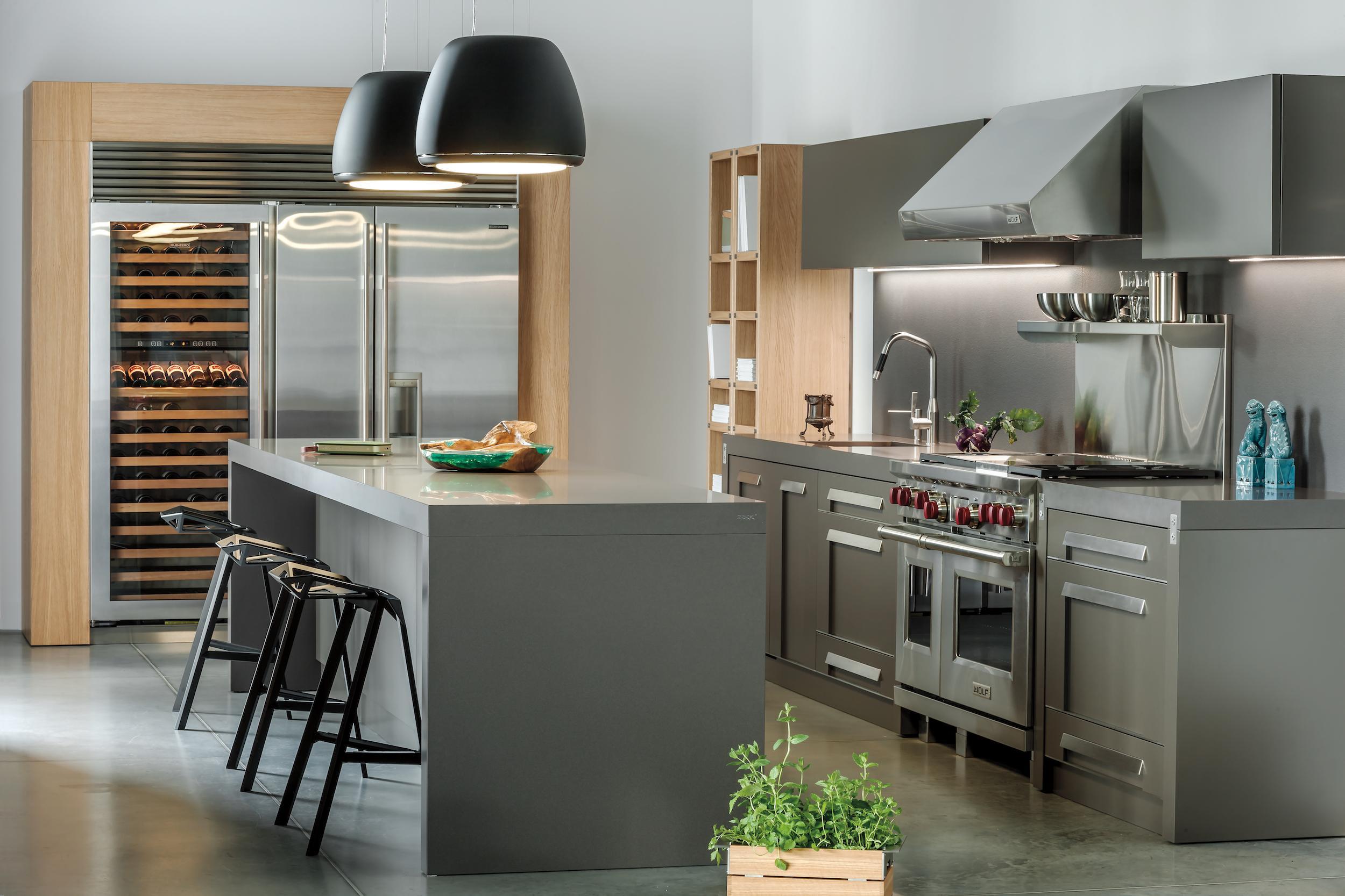 Side By Side Kühlschrank Zum Einbauen : Kleine küche side by side kühlschrank. küche grifflos spritzschutz