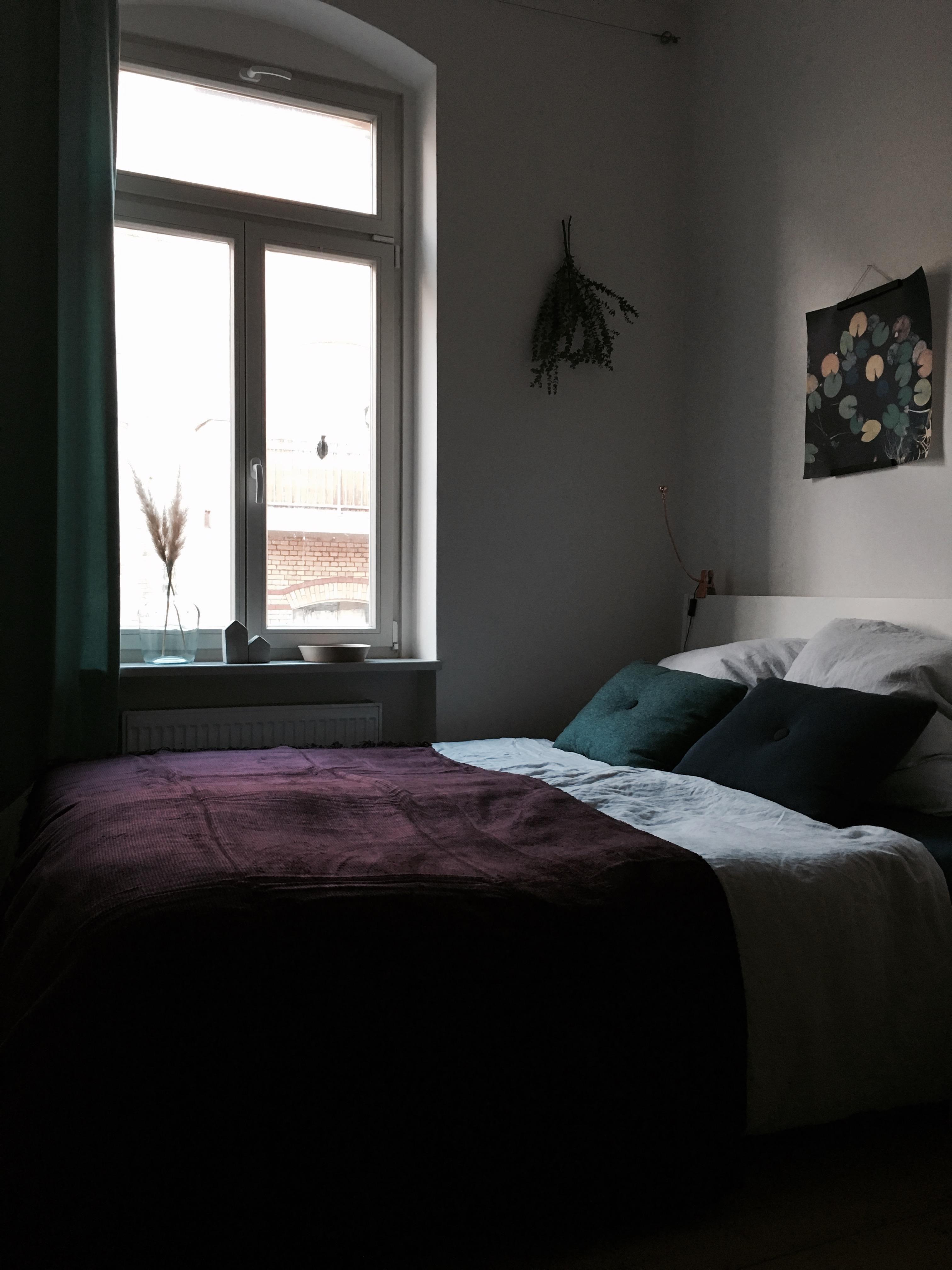 #schlafzimmer #kuscheldecke #kissen #living #leinen